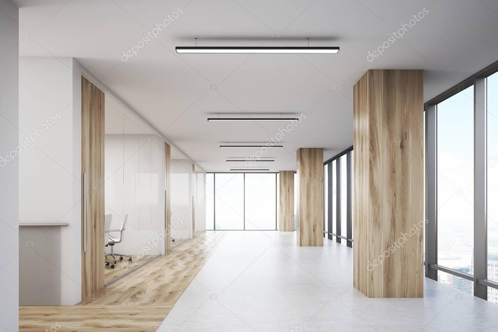 Ufficio con colonne in legno e sale conferenze — Foto Stock ...