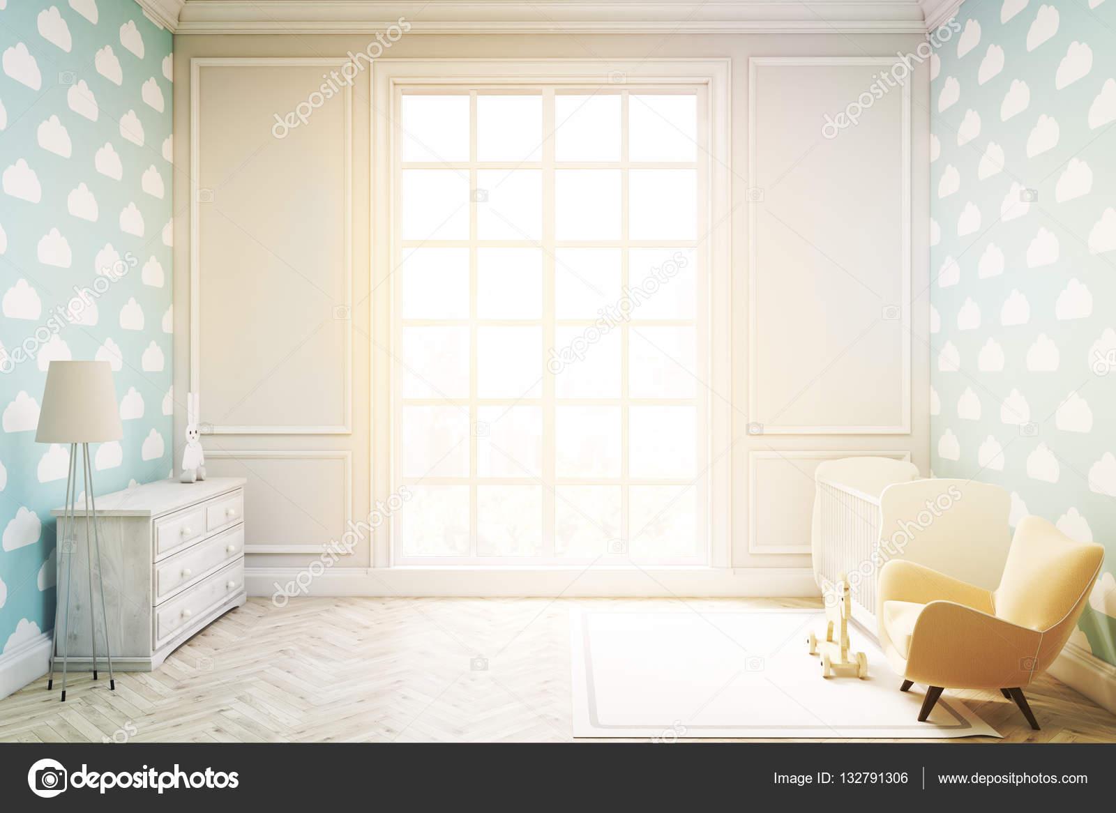 Kinderzimmer mit Wolke Tapete auf blauen Wand, getönt — Stockfoto ...