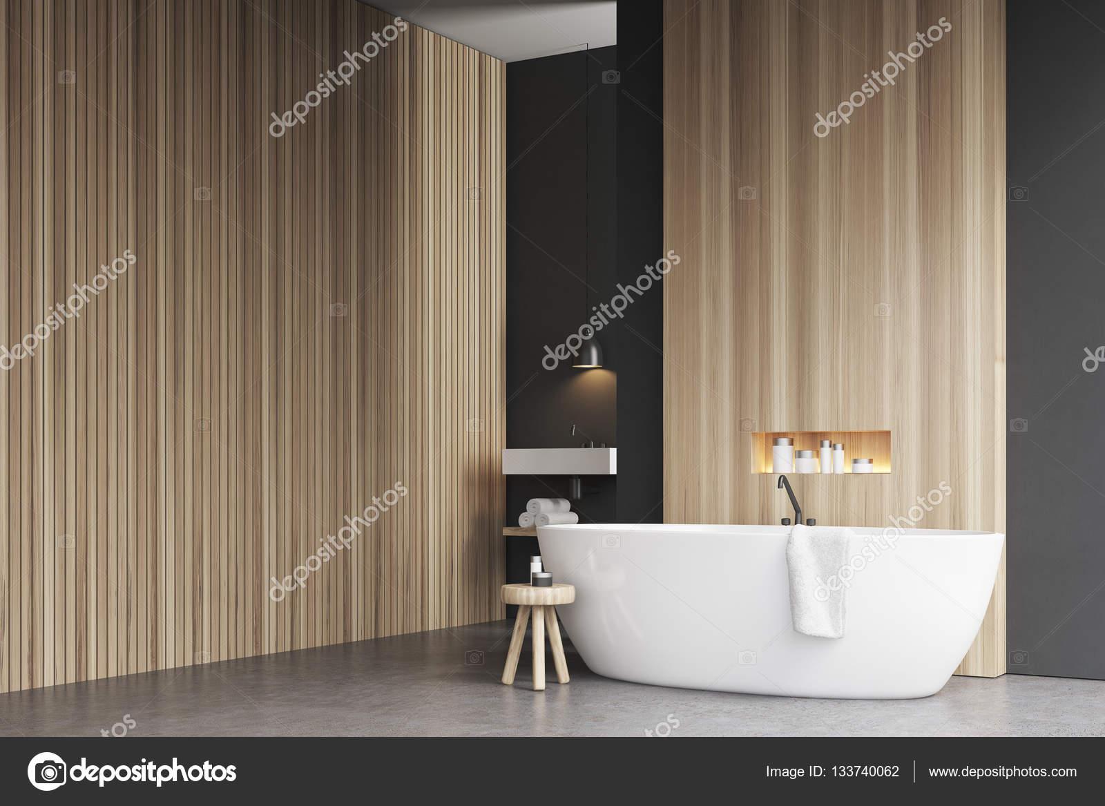 Ecke Badezimmer Mit Badewanne Und Holzwand U2014 Stockfoto