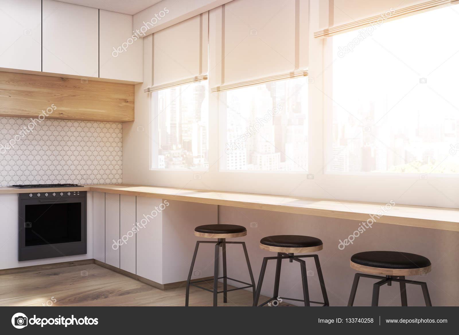 Seitenansicht des weißen Küche Interieur — Stockfoto ...