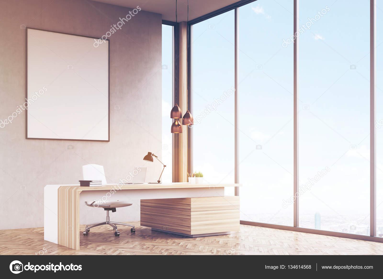 Seitenansicht der Manager Büro, gerahmte Poster, getönt — Stockfoto ...