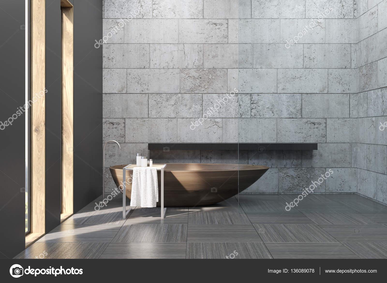 Beton Muur Badkamer : Oude badkamer met betonnen muren u2014 stockfoto © denisismagilov #136089078