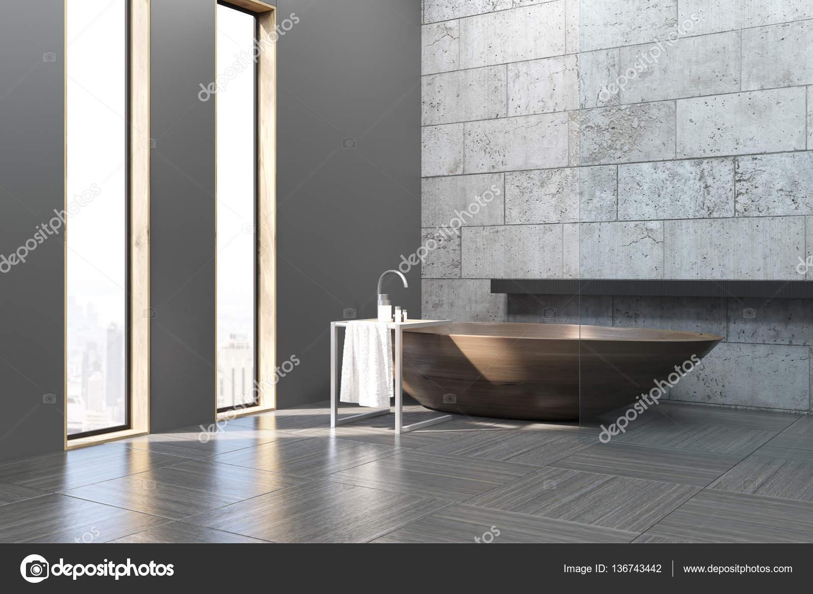 Betonnen Badkamer Muur : Kant bekijken van oude badkamer met betonnen muren u stockfoto