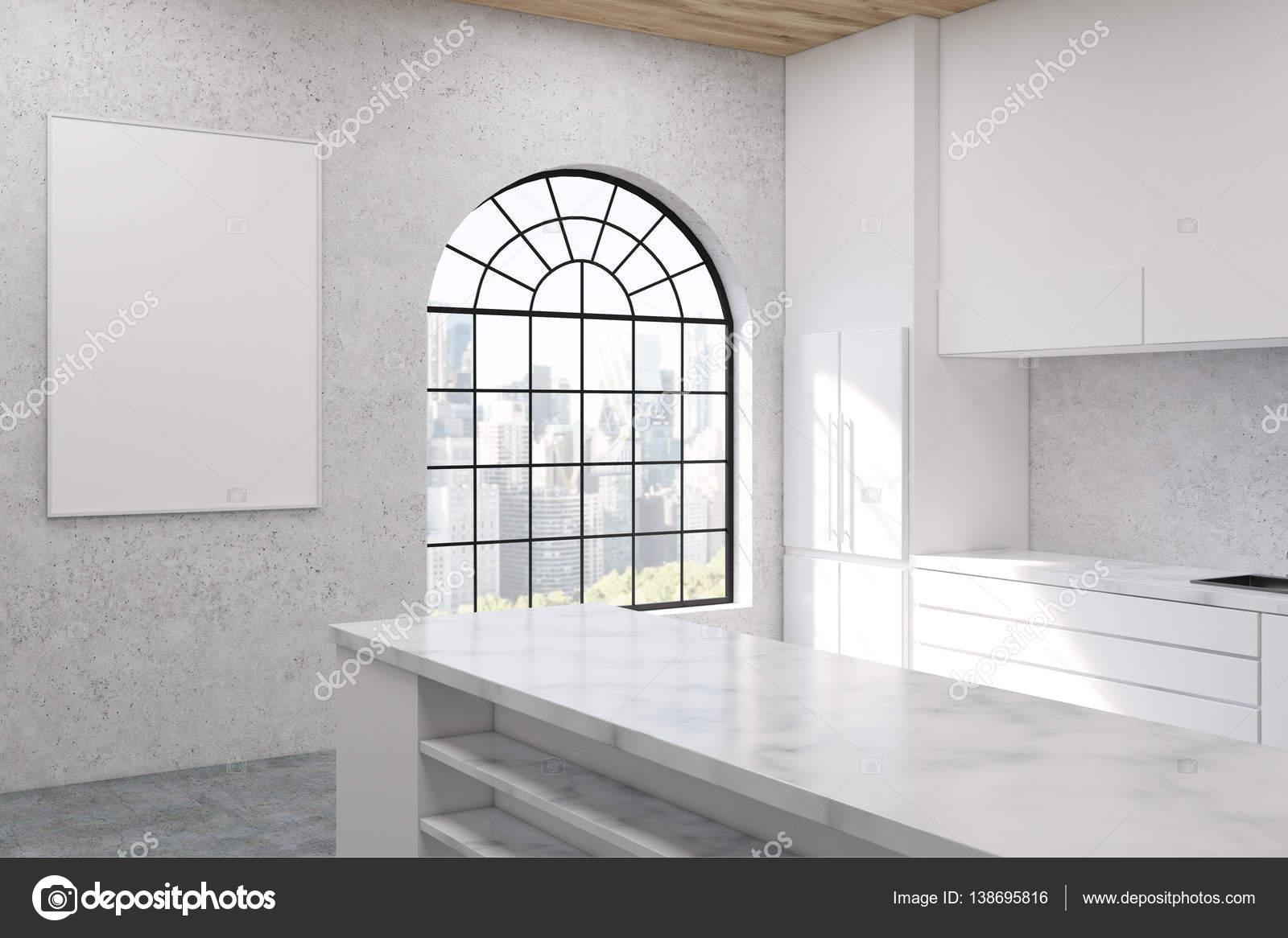 Cucina con finestra a forma di arco — Foto Stock © denisismagilov ...