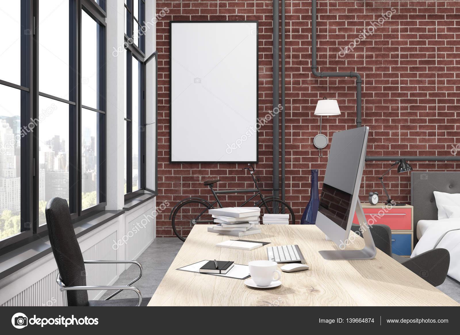 Ufficio Casa Legno : Interiore dell ufficio casa con muri di mattoni grandi