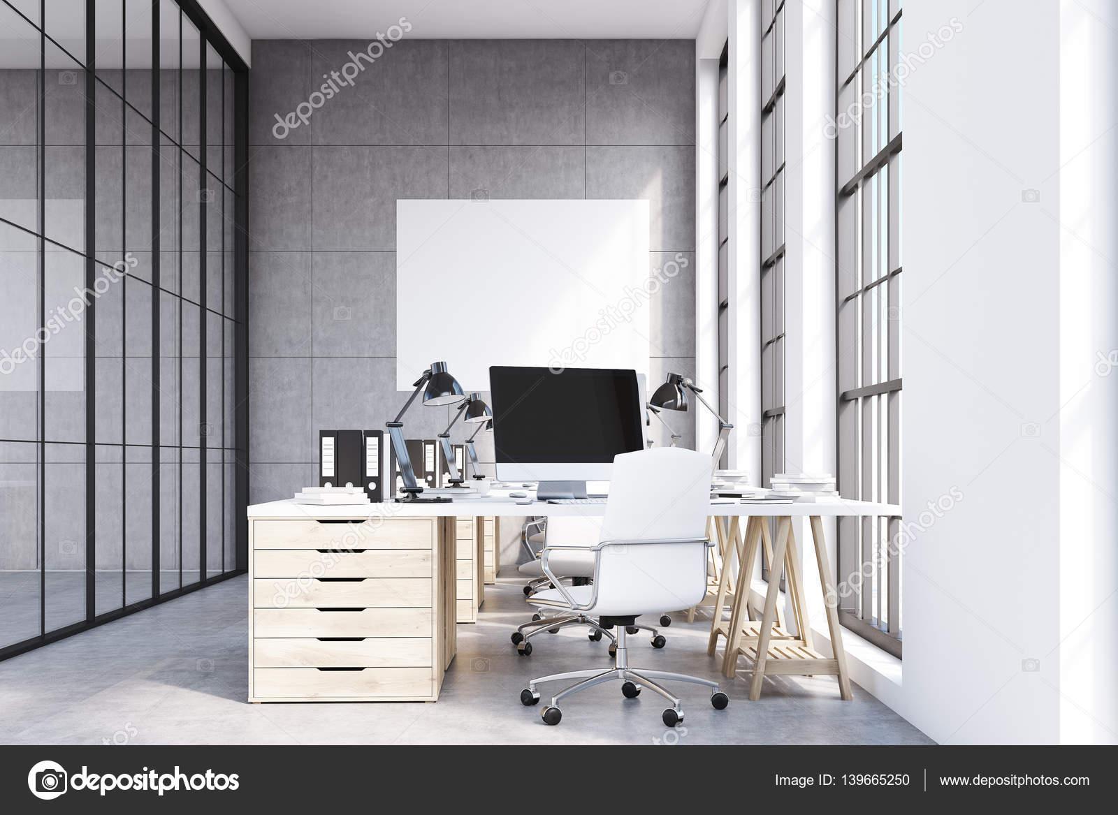 Mobili Ufficio Di Legno : Vista frontale dell ufficio loft mobili in legno u foto stock