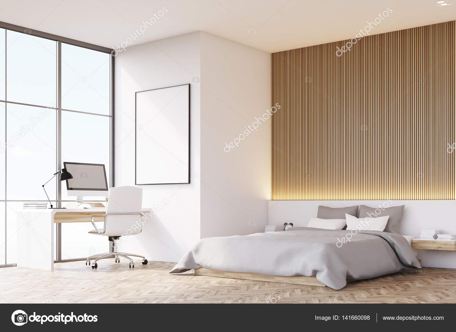 Slaapkamer met houten vloer, tafel, zijaanzicht — Stockfoto ...