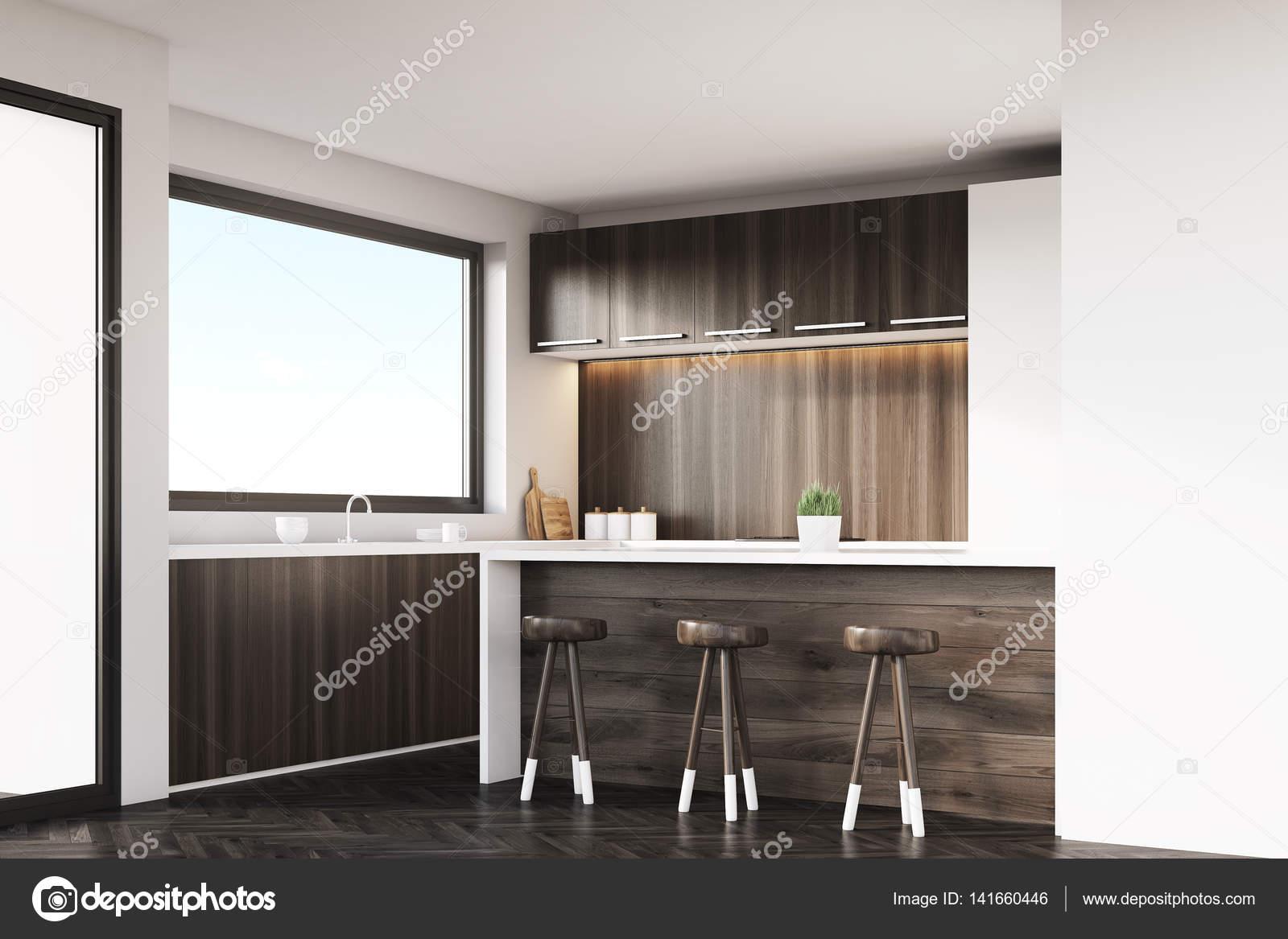 Ecke der Küche mit Hocker und bar — Stockfoto © denisismagilov ...