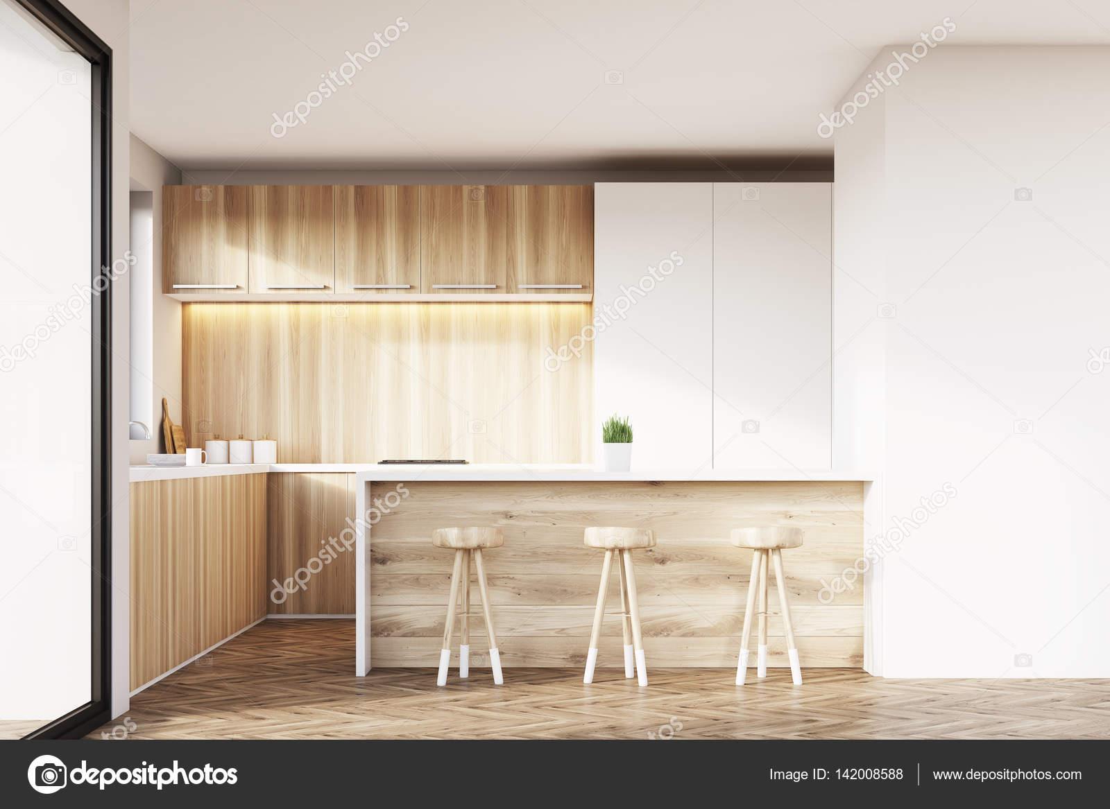 Cucina con mobili in legno chiaro — Foto Stock © denisismagilov ...