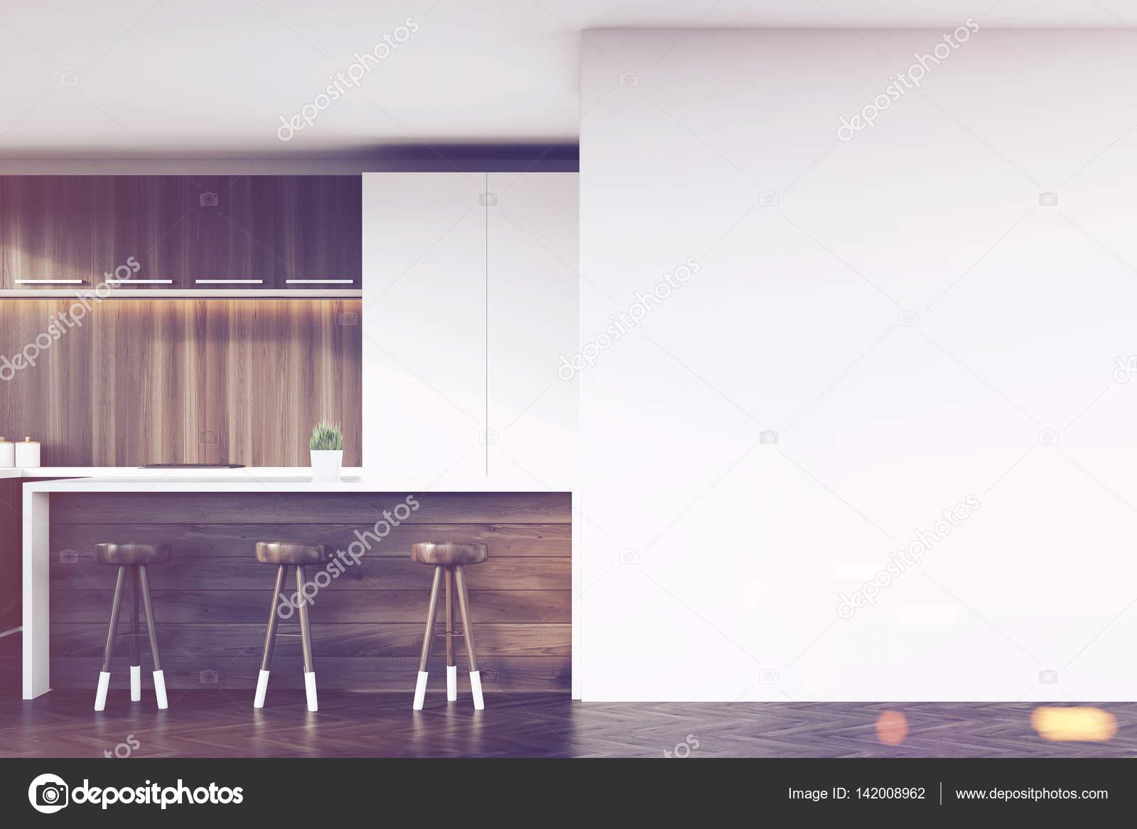 Nahaufnahme der Küchenbar und Hockern, getönt — Stockfoto ...