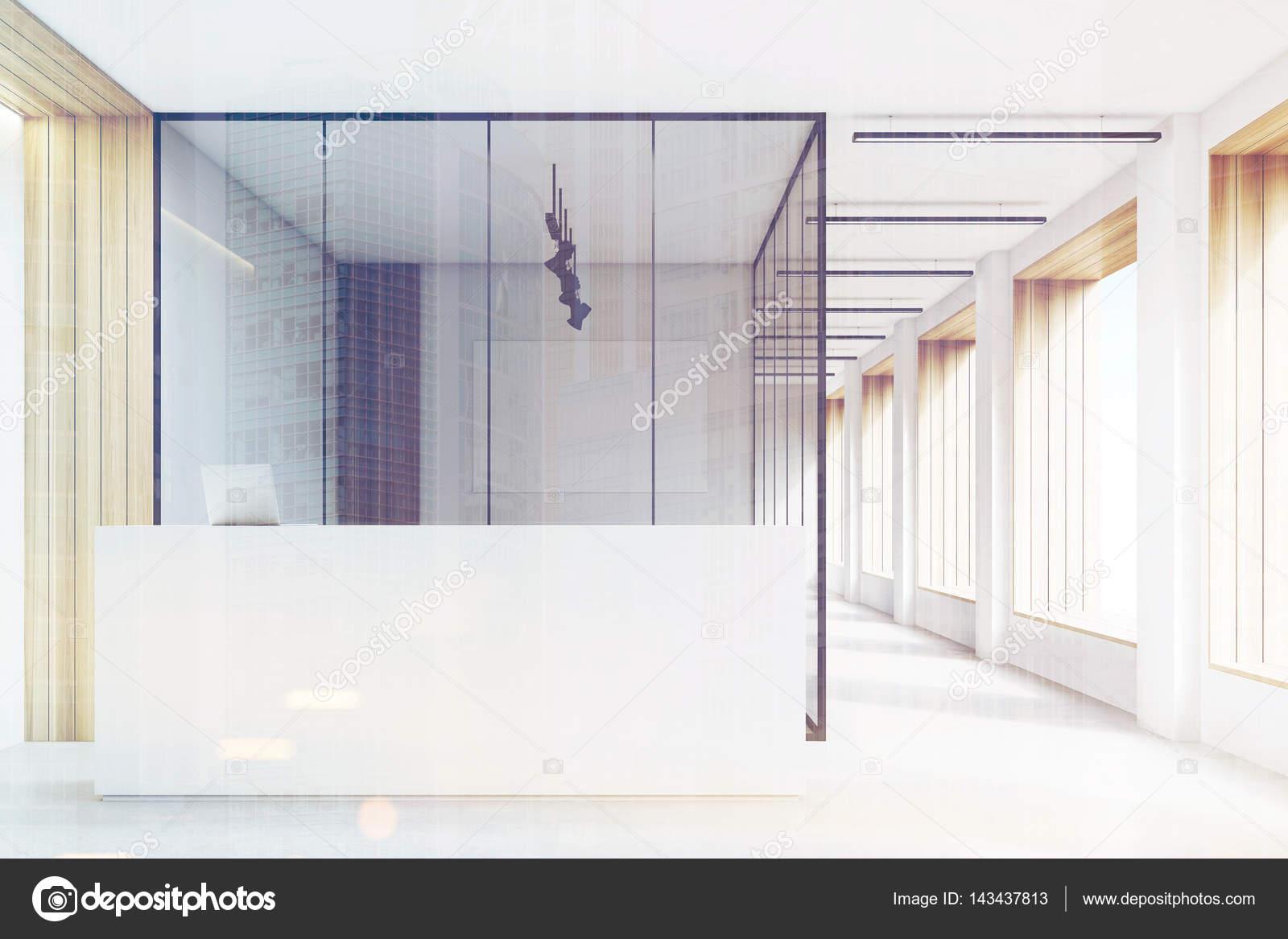 Banconi Per Ufficio Armamento : Ufficio hall pulita e luminosa reception tonica u2014 foto stock