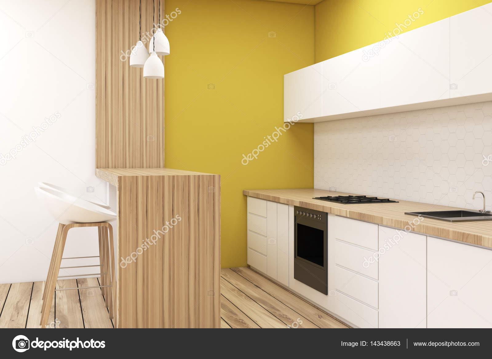 Keuken in een studio appartement u stockfoto denisismagilov