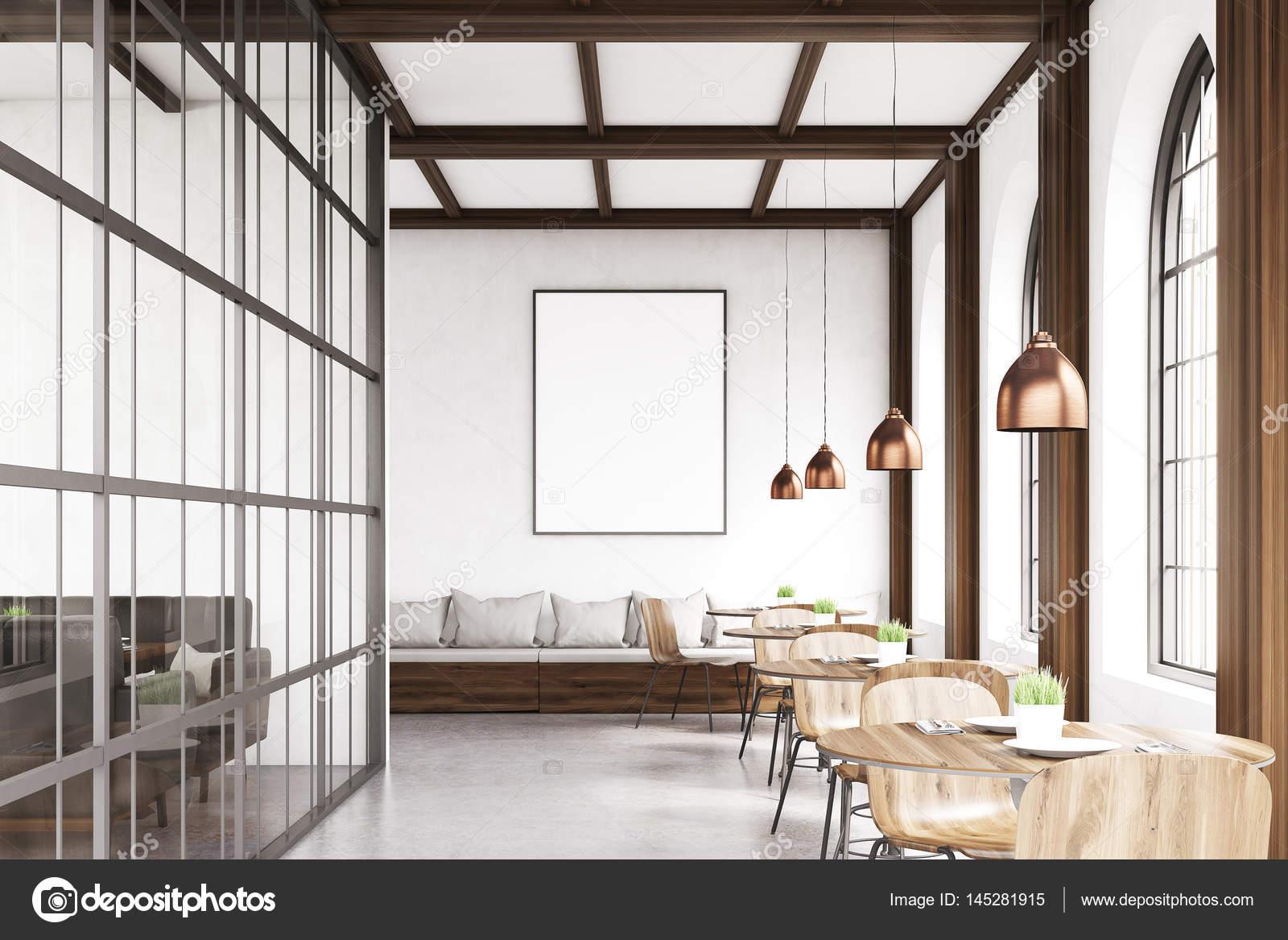 Stühle An Die Wand Hängen vorderansicht des café mit stühlen grau stockfoto
