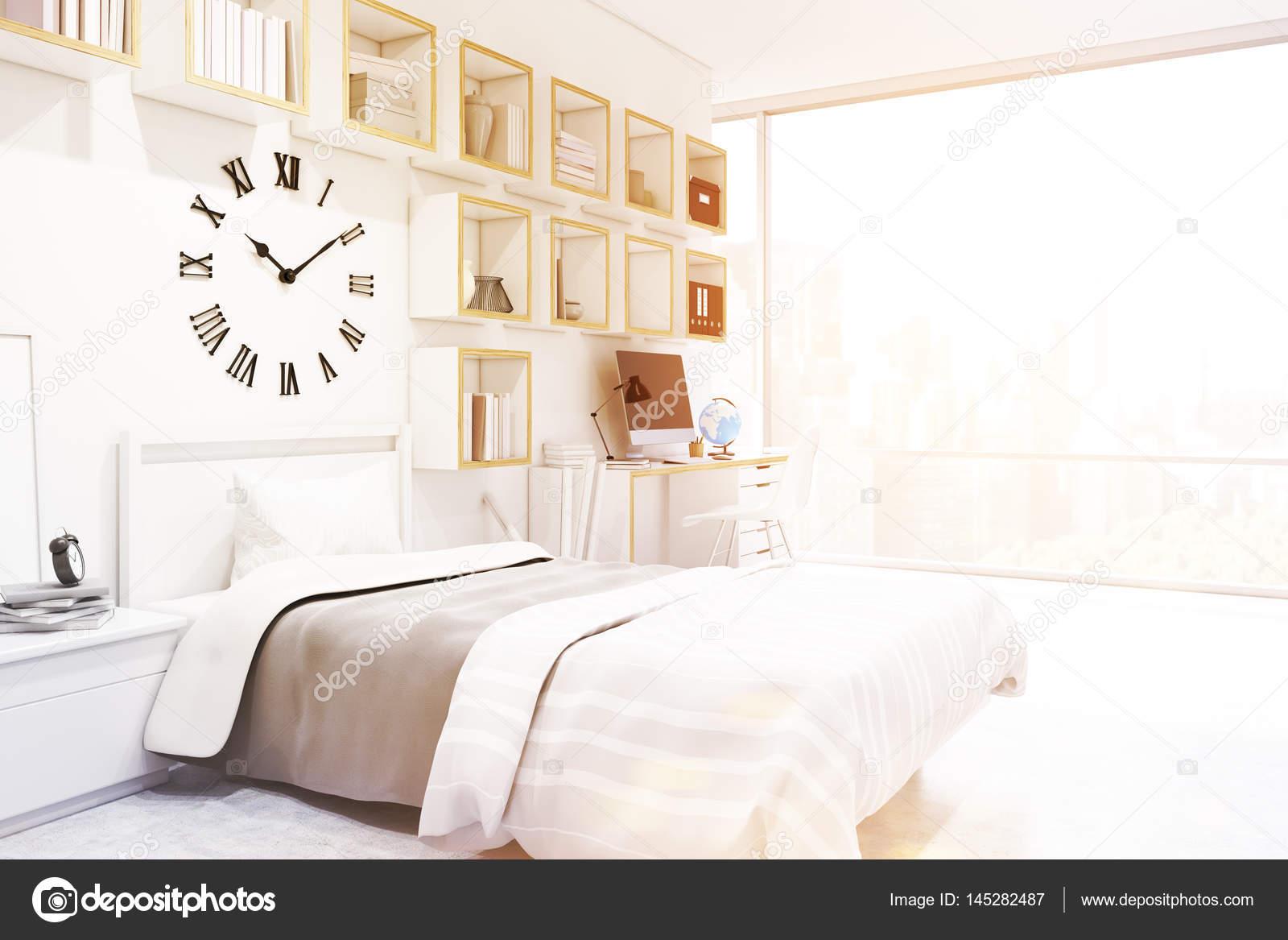 Tiener slaapkamer met giant klok — Stockfoto © denisismagilov #145282487