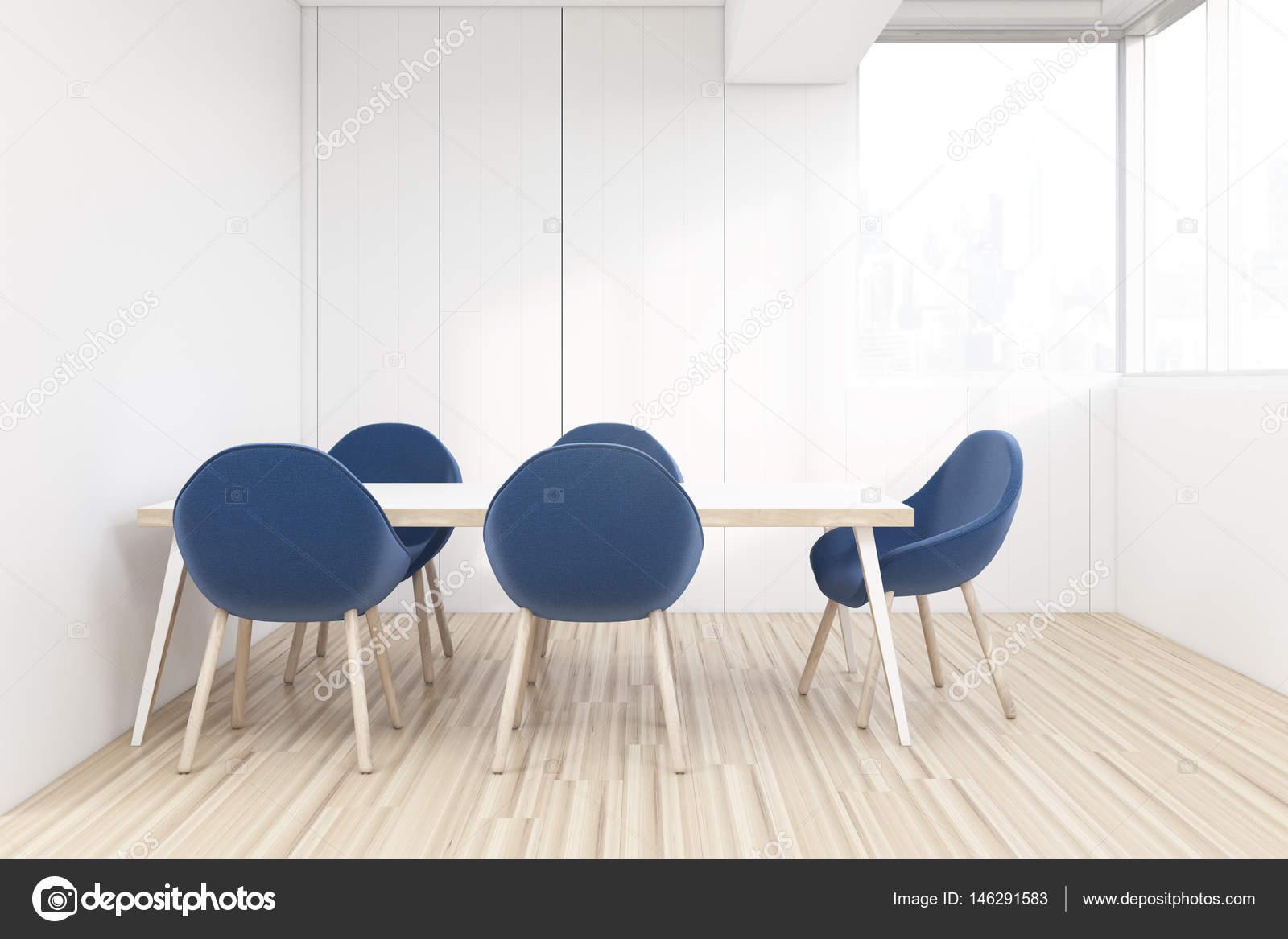 Salle A Manger Sur Des Chaises Offfice Bleu Photographie