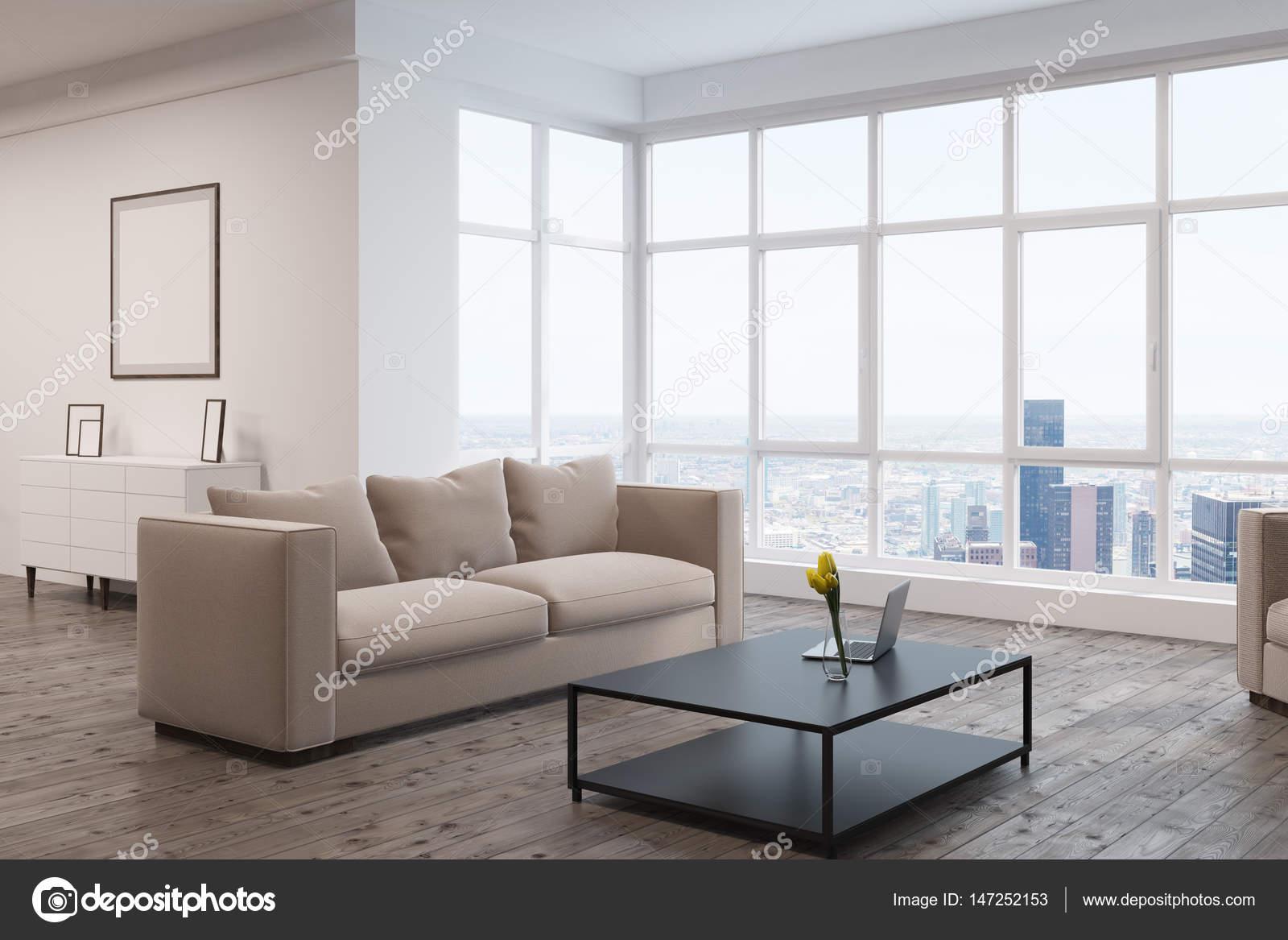 Soggiorno con divano e finestra u2014 foto stock © denisismagilov #147252153