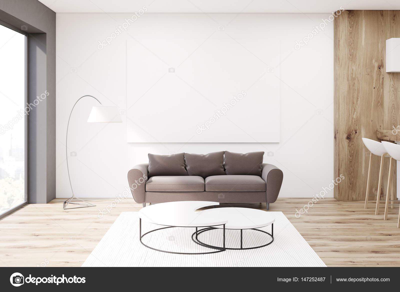Soggiorno con divano marrone — Foto Stock © denisismagilov ...