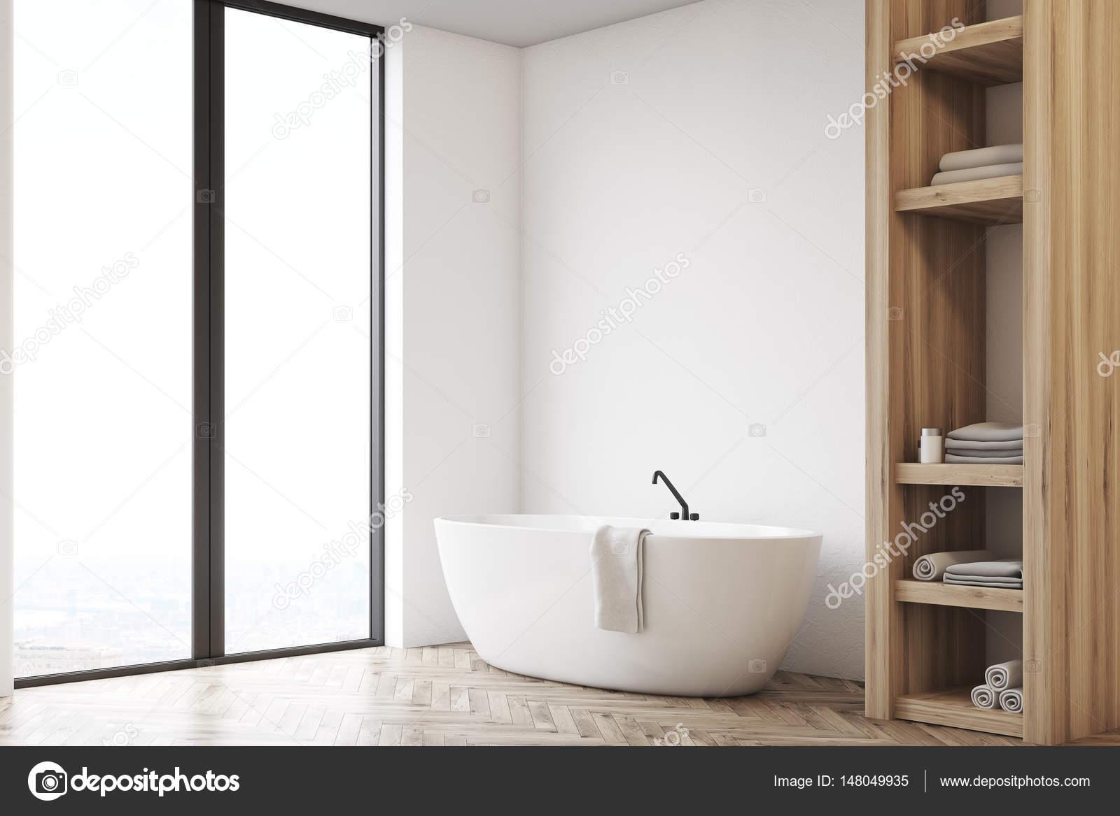 Armadio A Muro Bagno.Bagno Con Armadio E Muro Bianco Lato Foto Stock C Denisismagilov