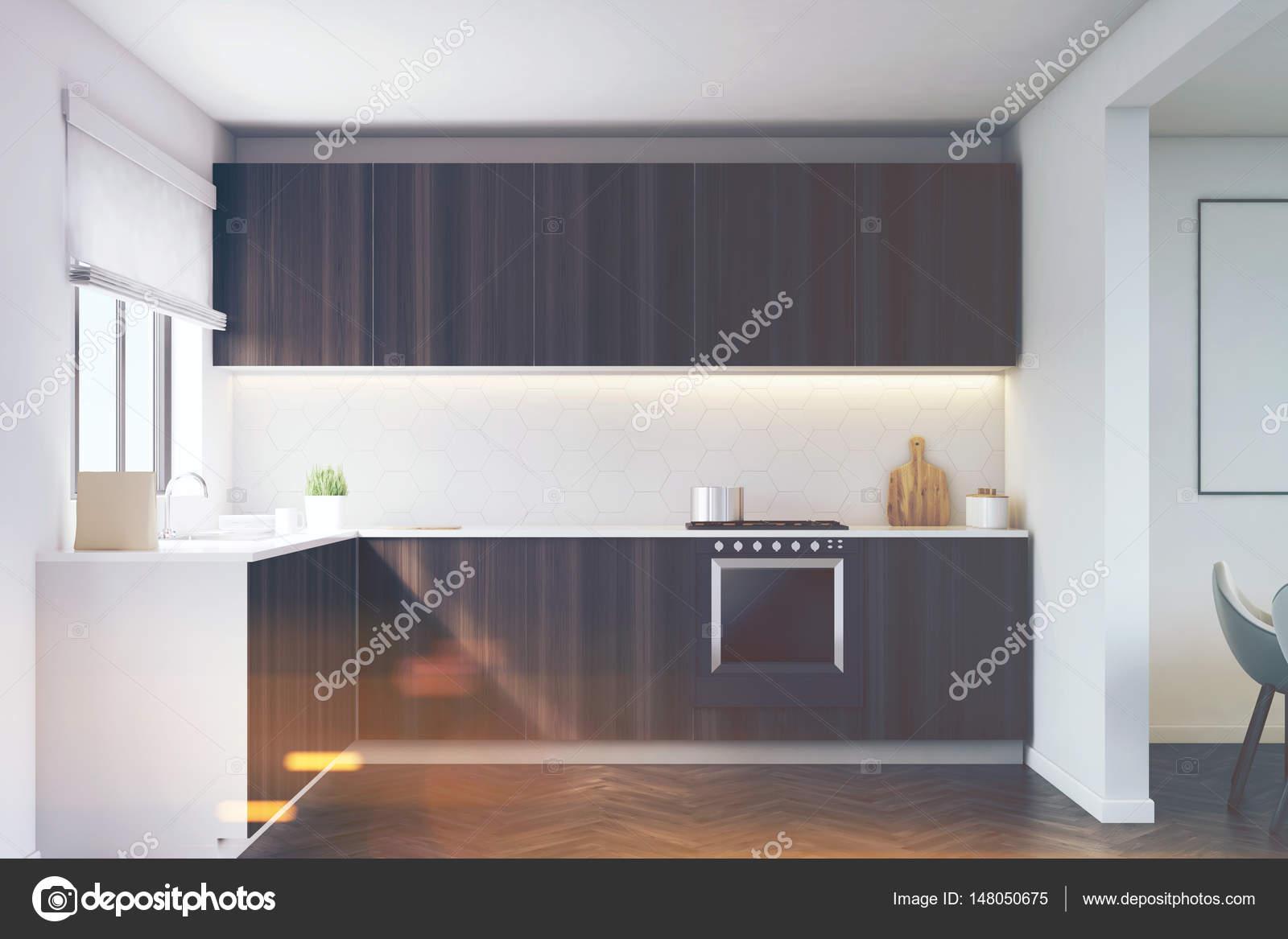 Kuchentheke Und Ofen Getont Stockfoto C Denisismagilov 148050675