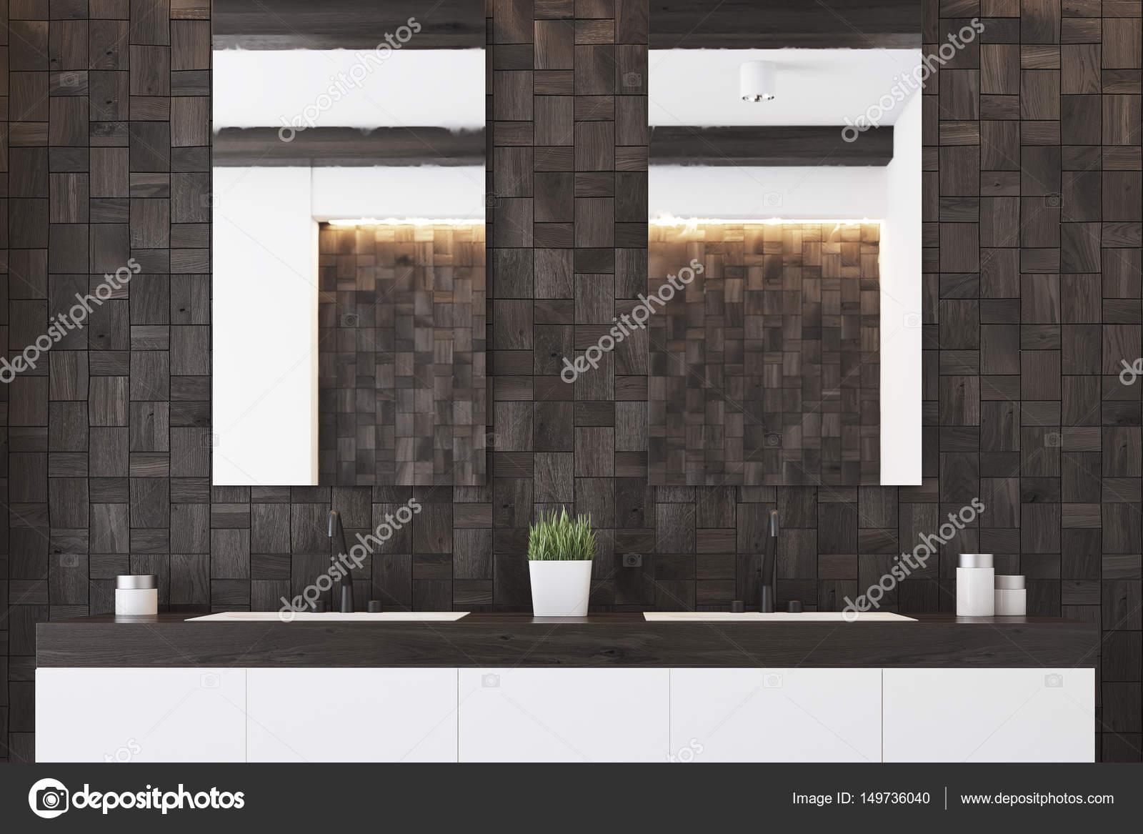 Két tükör fürdőszoba, sötét — Stock Fotó © denisismagilov #149736040