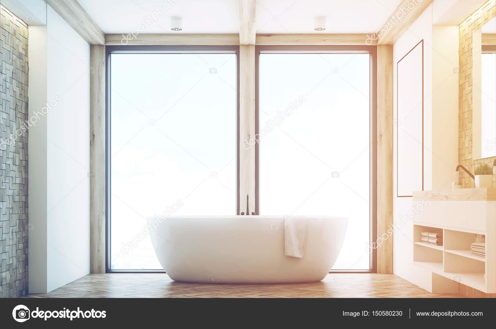 Bagno di luce tegola, finestra, tonica — Foto Stock © denisismagilov ...