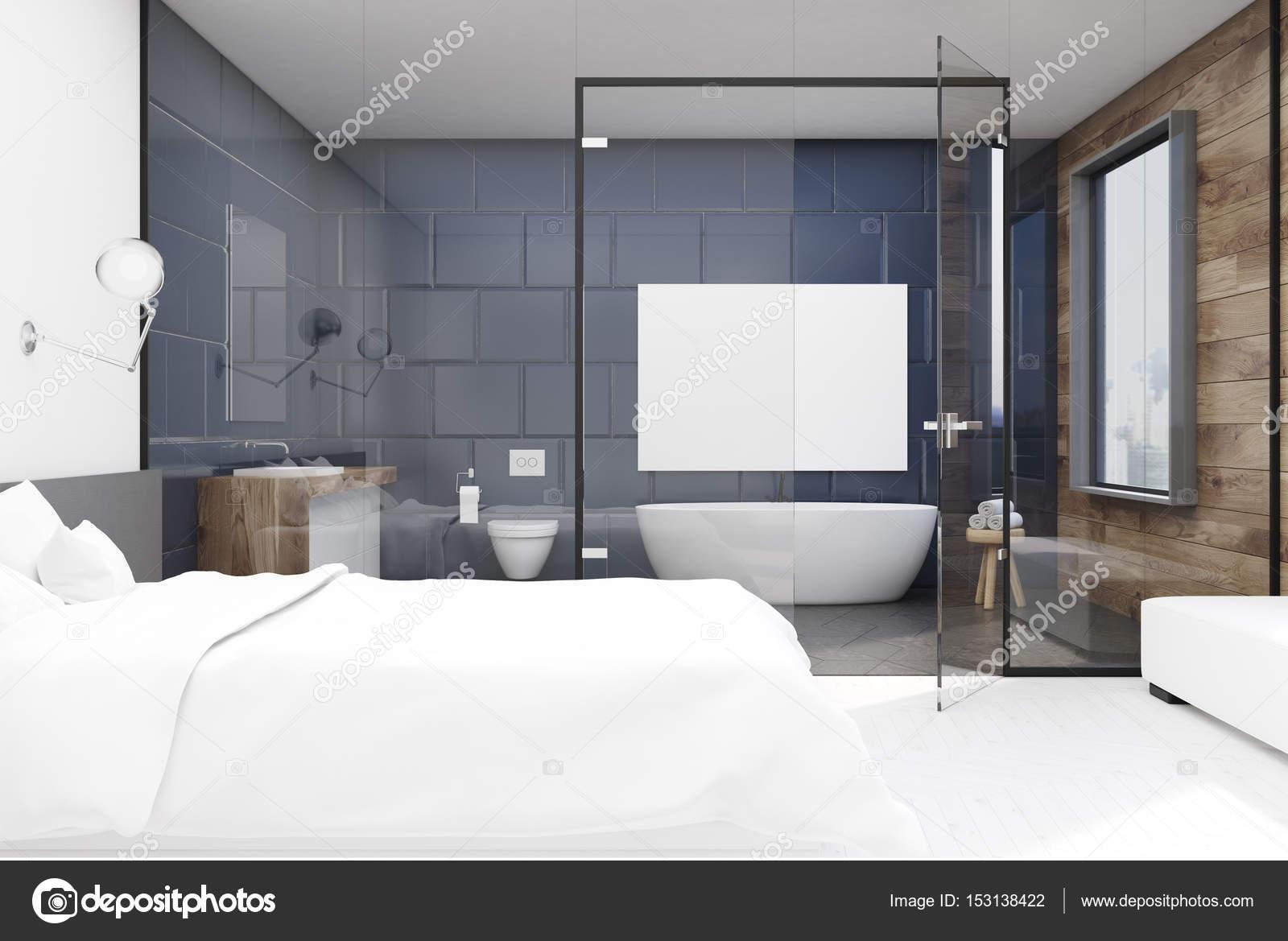 Camera da letto con bagno grigio, anteriore — Foto Stock ...