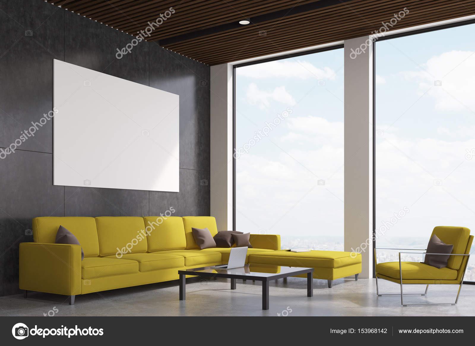 Gelbe Wohnzimmer   Gelbe Wohnzimmer Seite Stockfoto C Denisismagilov 153968142