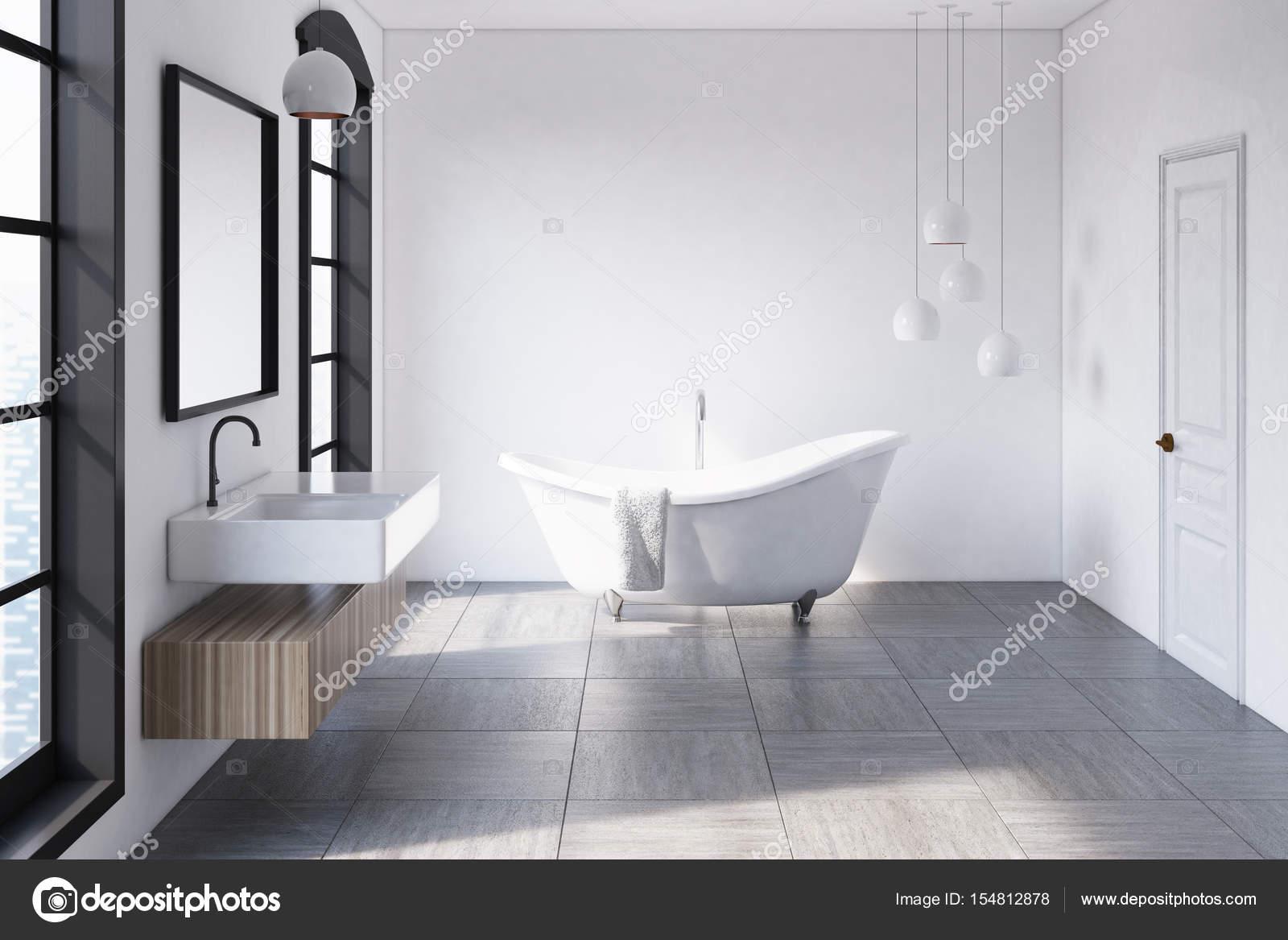 https://st3.depositphotos.com/2673929/15481/i/1600/depositphotos_154812878-stockafbeelding-witte-badkamer-lampen.jpg