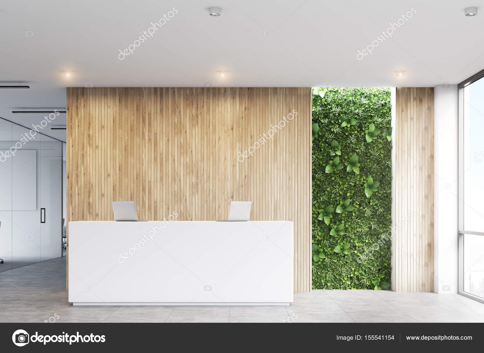 Blanc de réception bureau de l herbe avant u photographie