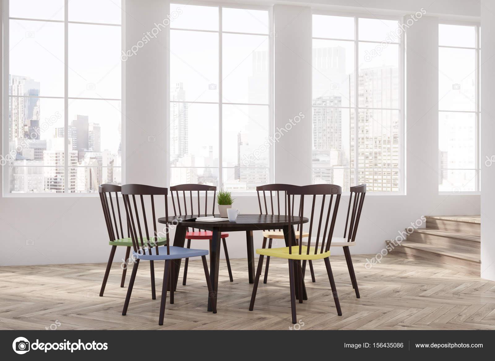 Geräumig Stühle Esszimmer Ideen Von Bunte Stühle Oder Büro — Stockfoto