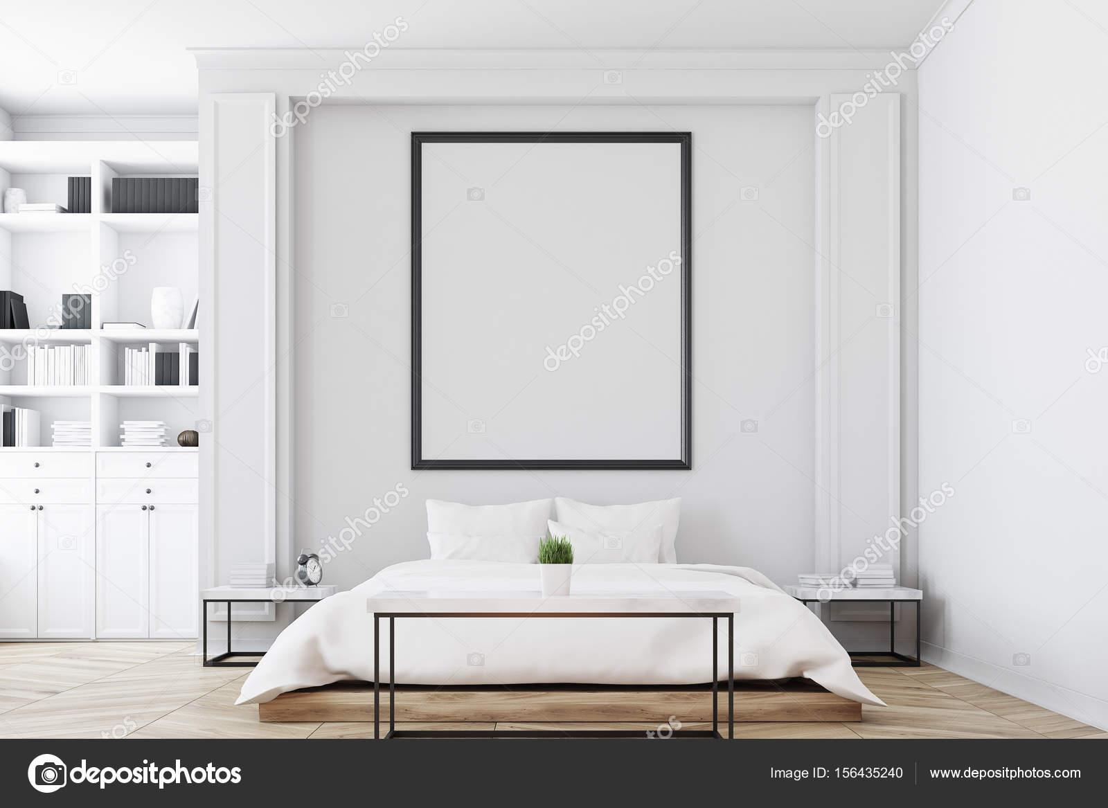 Camera da letto con libreria — Foto Stock © denisismagilov ...