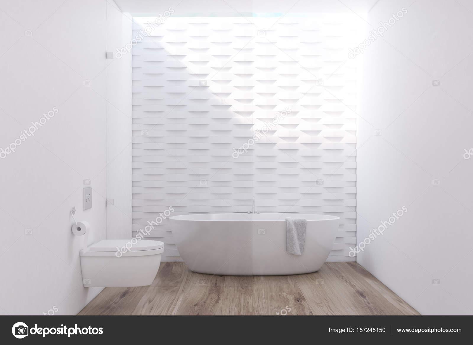 Vasca da bagno rotonda con servizi igienici — Foto Stock ...
