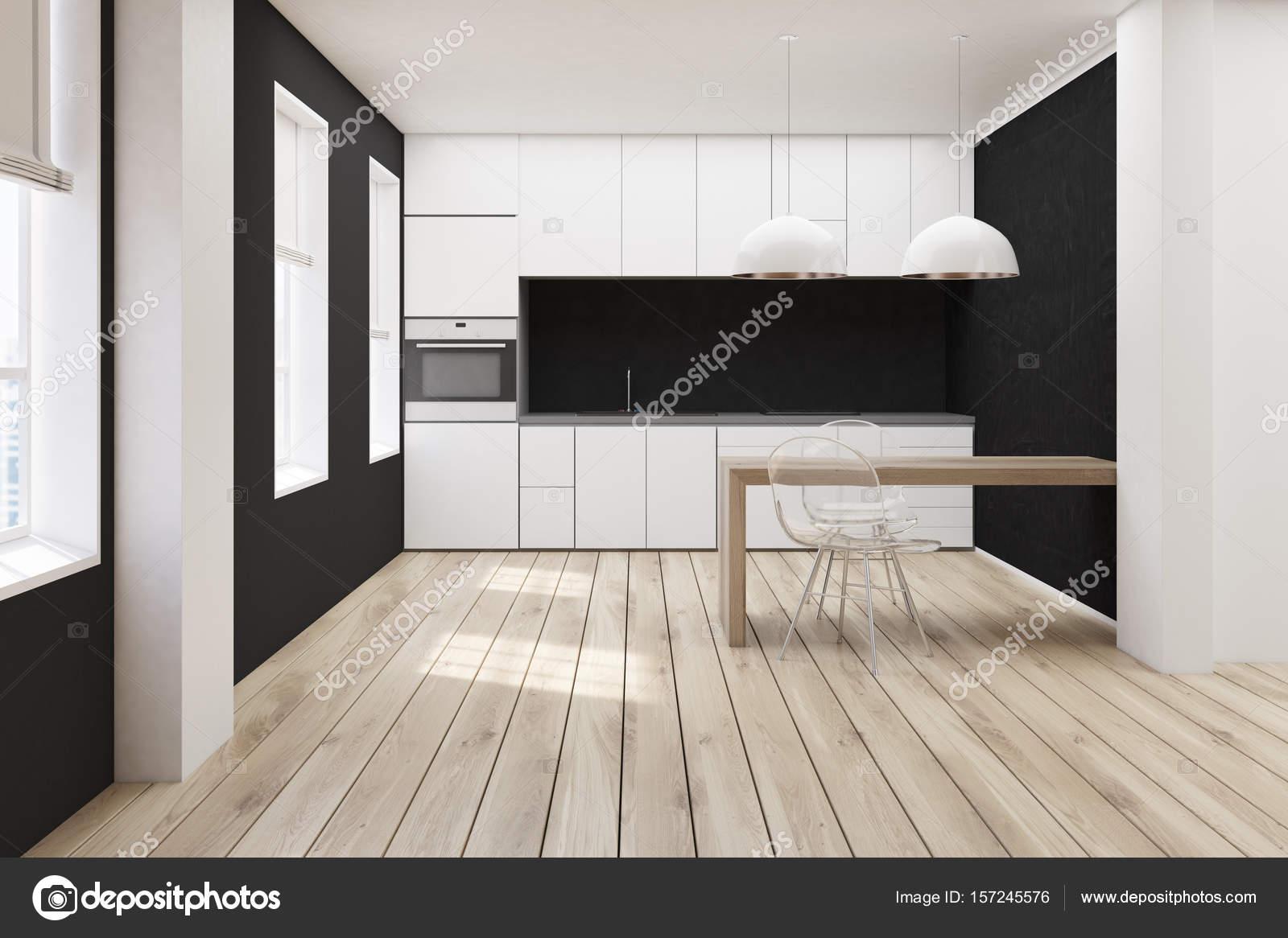 Cocina blanco y negro, frente de piso de madera — Foto de stock ...