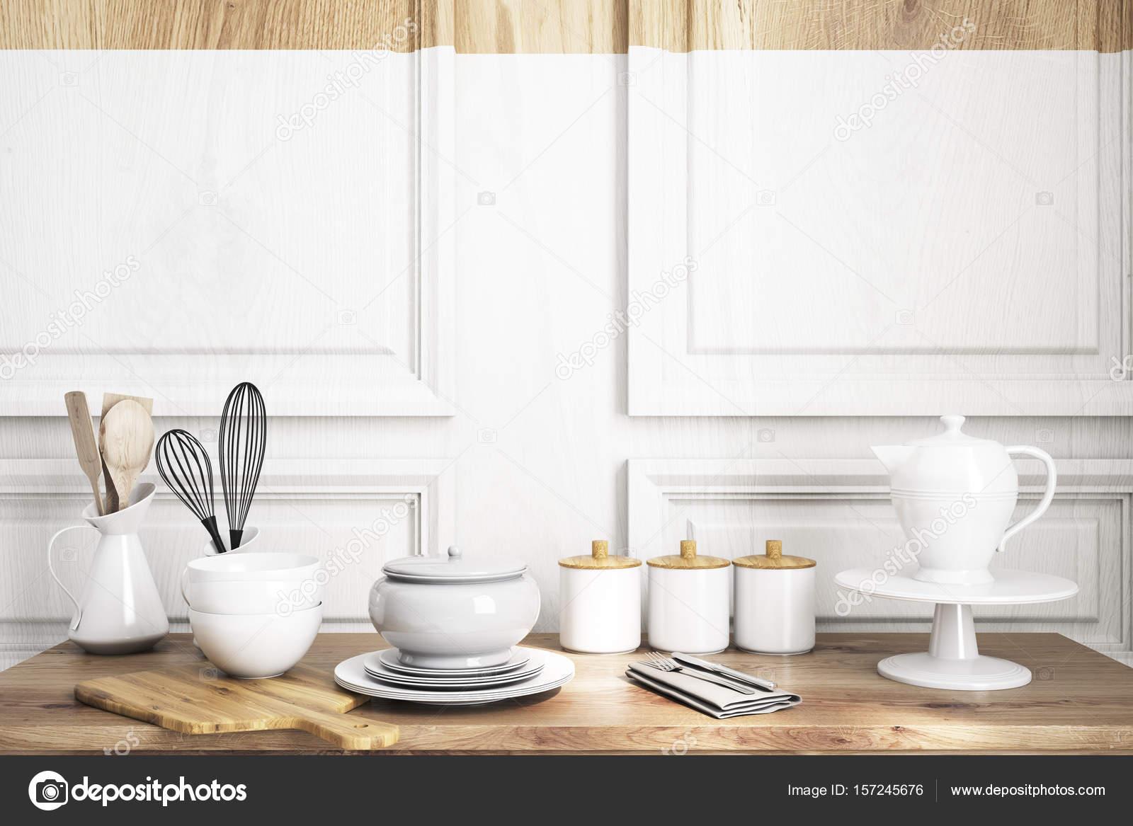 mesa de cocina de madera — Fotos de Stock © denisismagilov #157245676