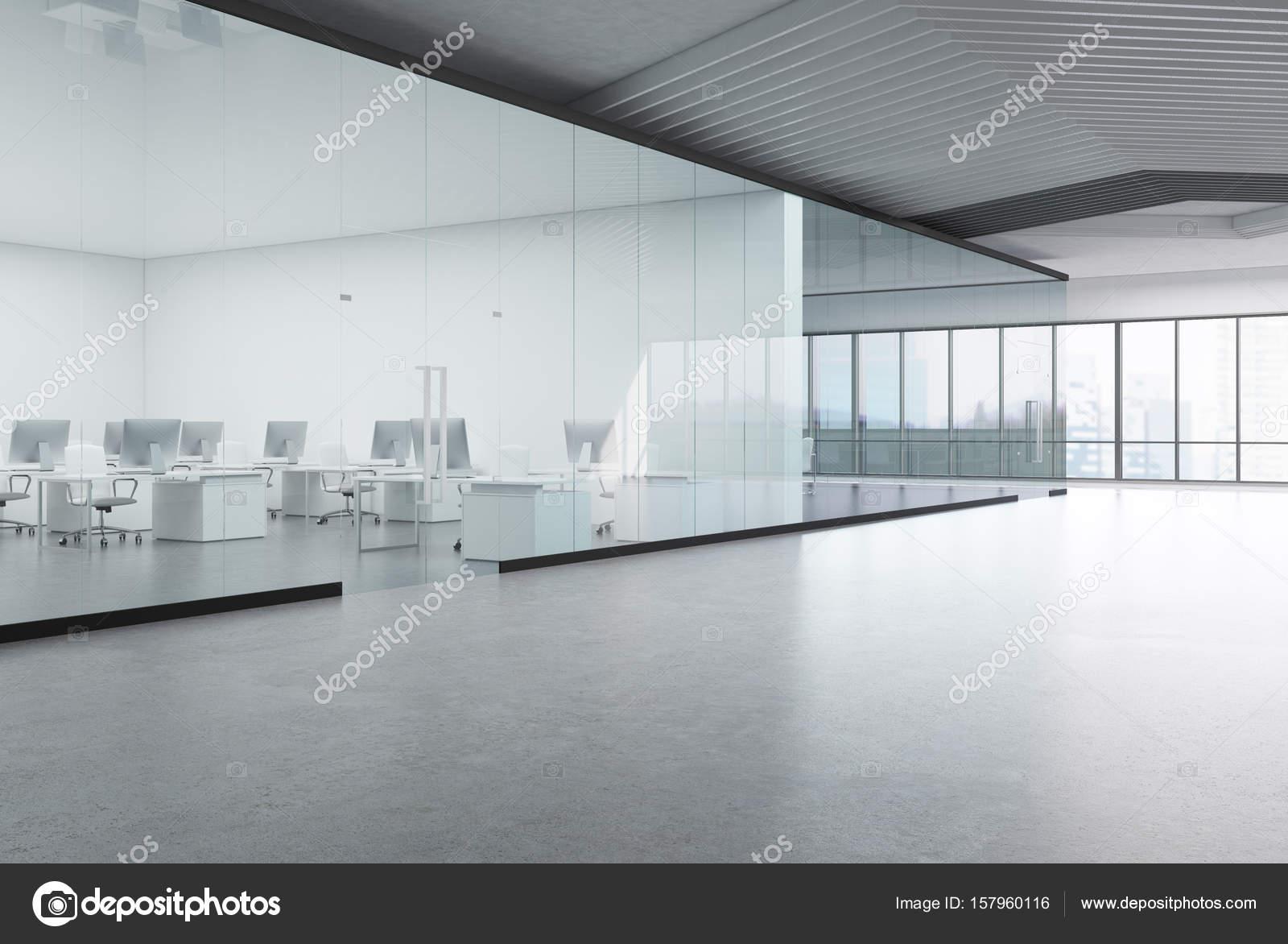 Vue de côté de bureau ouvert transparent u photographie