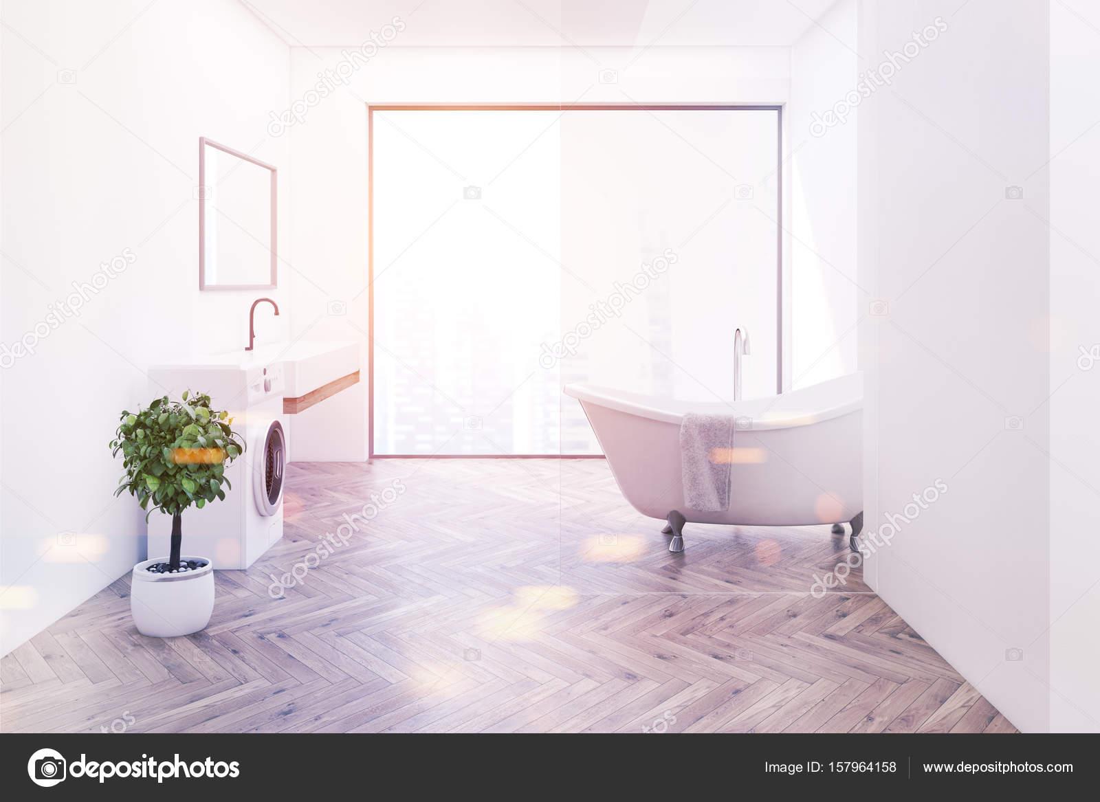 Houten vloer badkamer, zijaanzicht toned — Stockfoto ...
