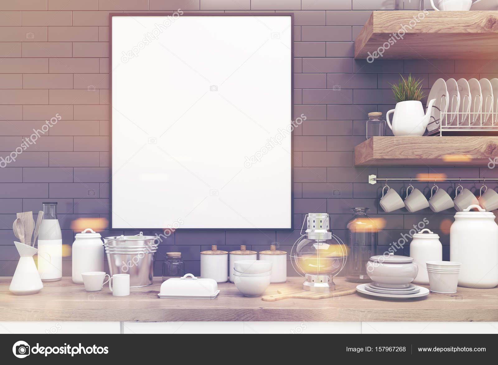 Mensole cucina grigia con poster, nelle vicinanze fino tonica — Foto ...
