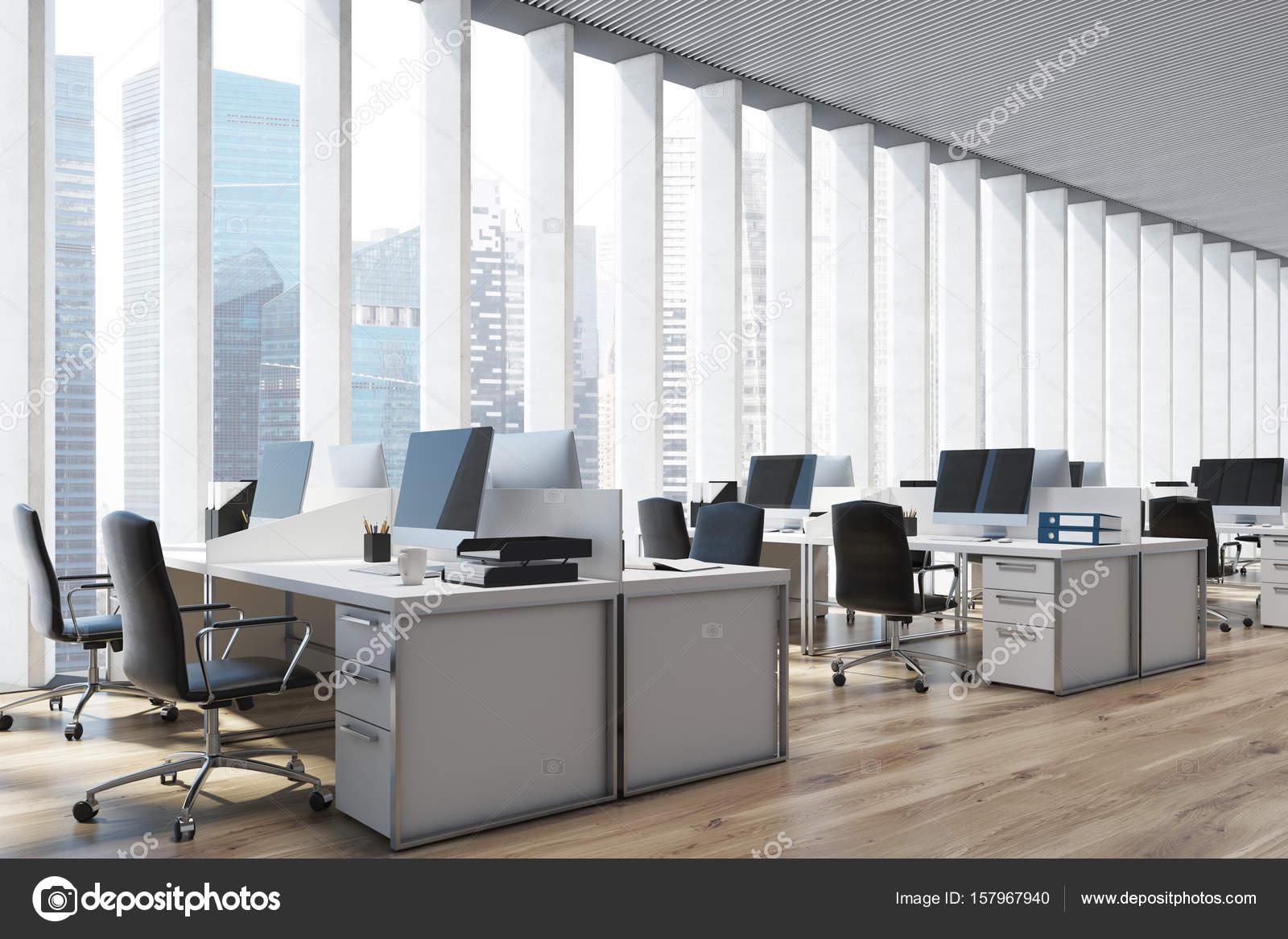 Piante Ufficio Open Space : Luogo di lavoro in un ufficio open space primo piano del lato