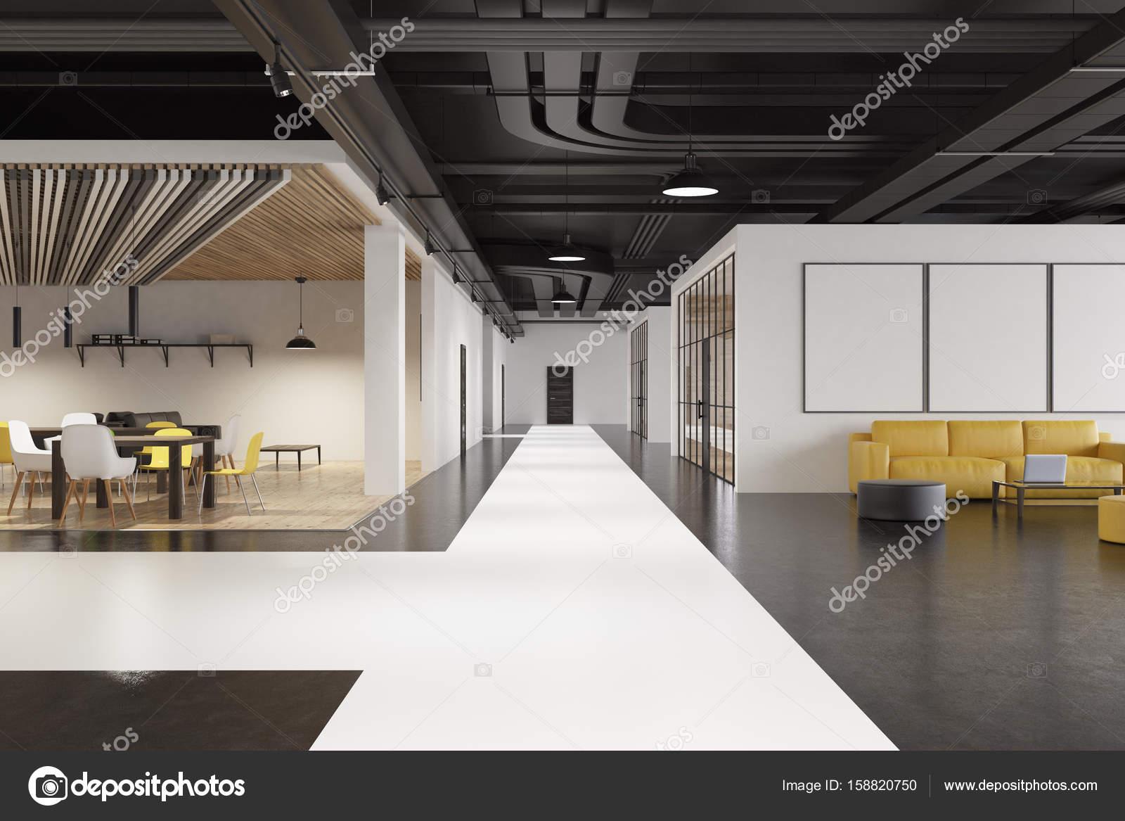 Intérieur de zone poufs ronds bureau dattente u2014 photographie