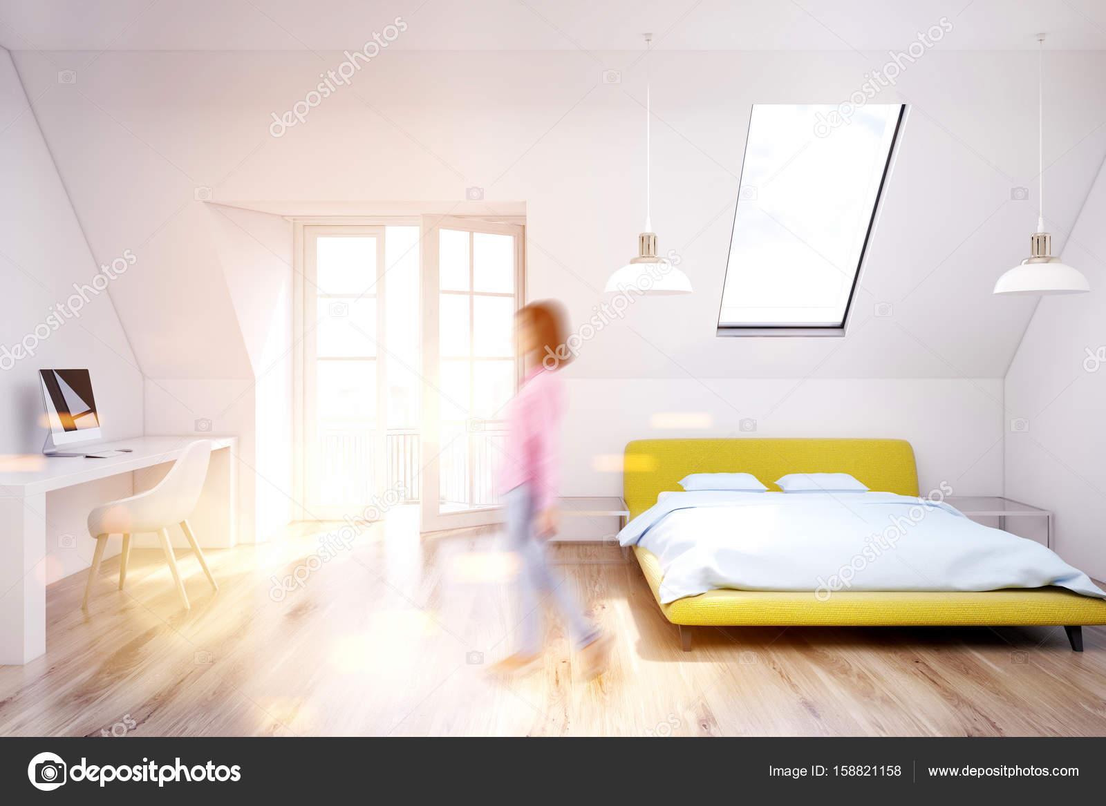 Fille de plancher en bois, chambre à coucher, jaune, blanche grenier ...