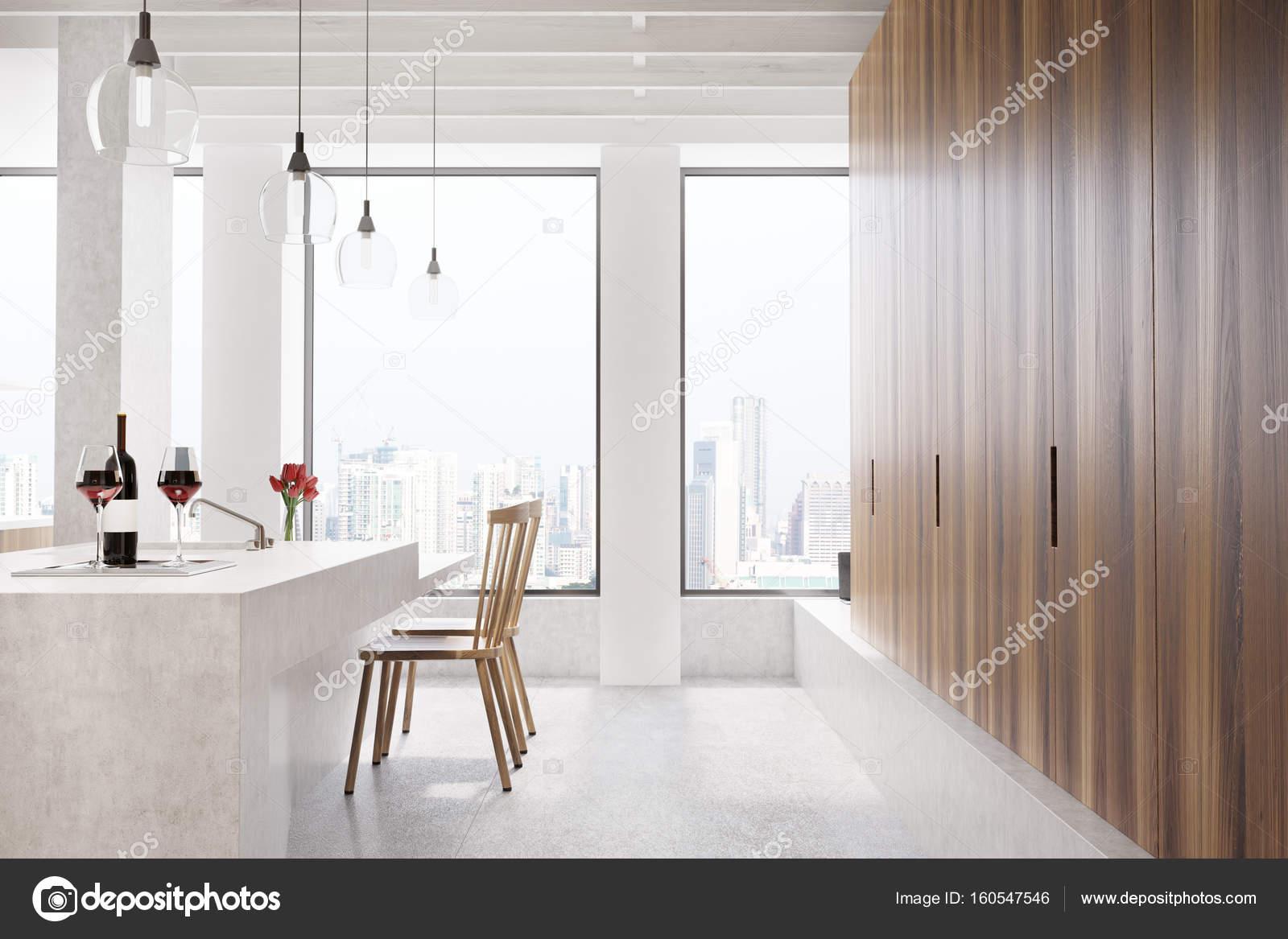 Marmer bar venster witte keuken kant u stockfoto