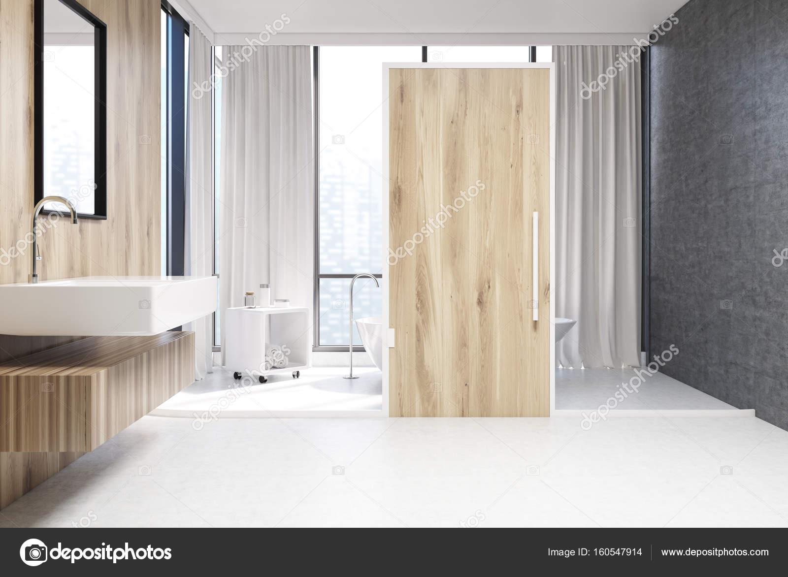 Witte en houten badkamer, deur — Stockfoto © denisismagilov #160547914