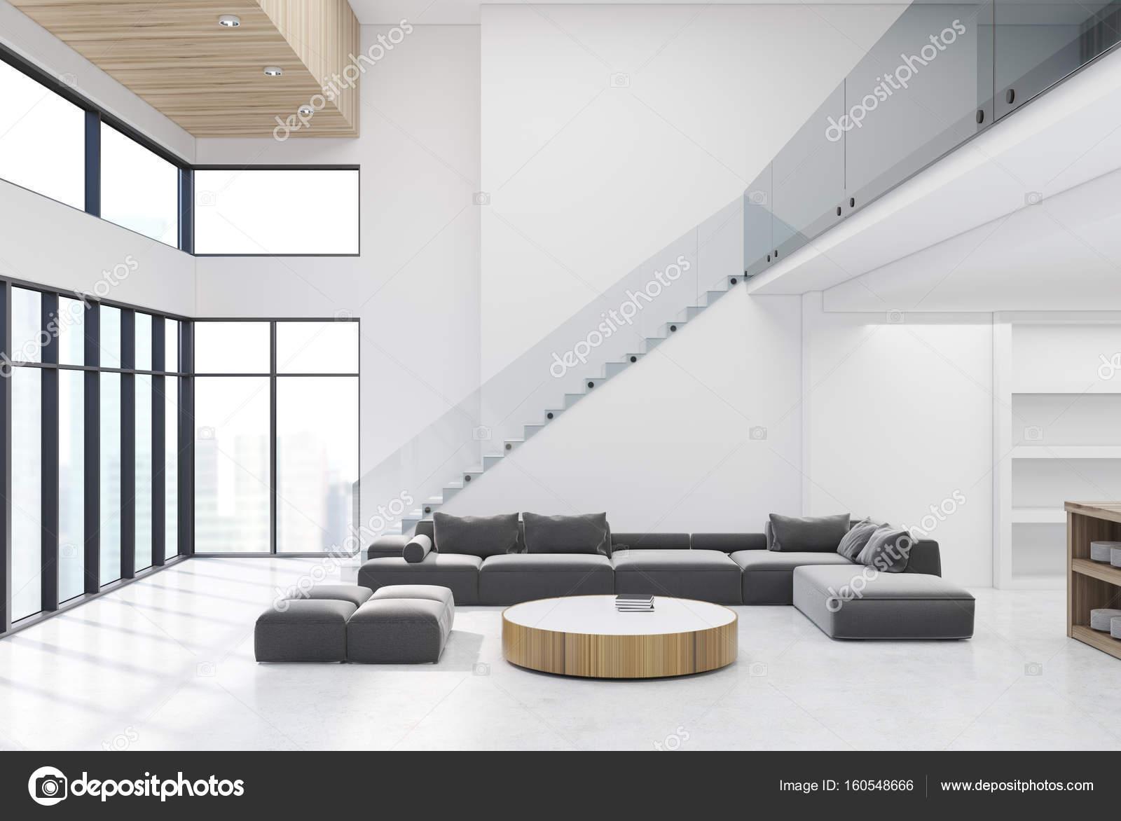Weiße Wohnzimmer Mit Holzdecke Und Treppen U2014 Stockfoto
