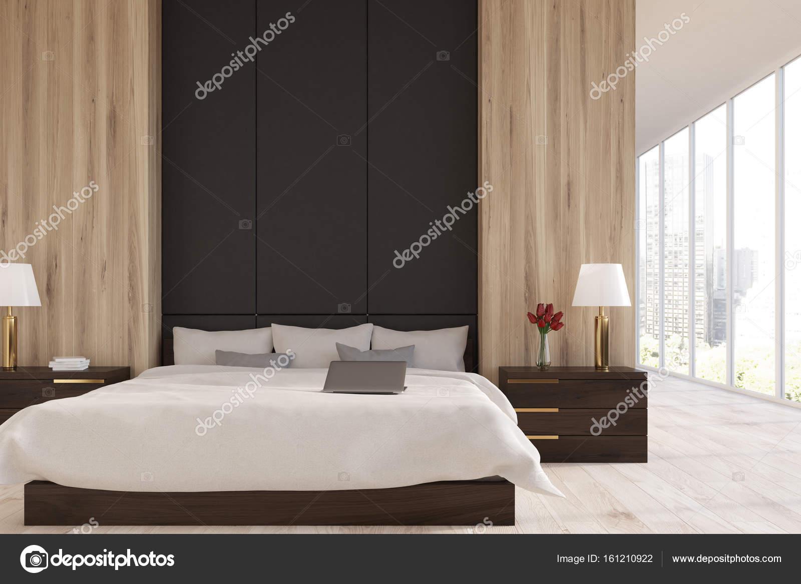 Chambre à coucher en bois et noir, panoramique — Photographie ...