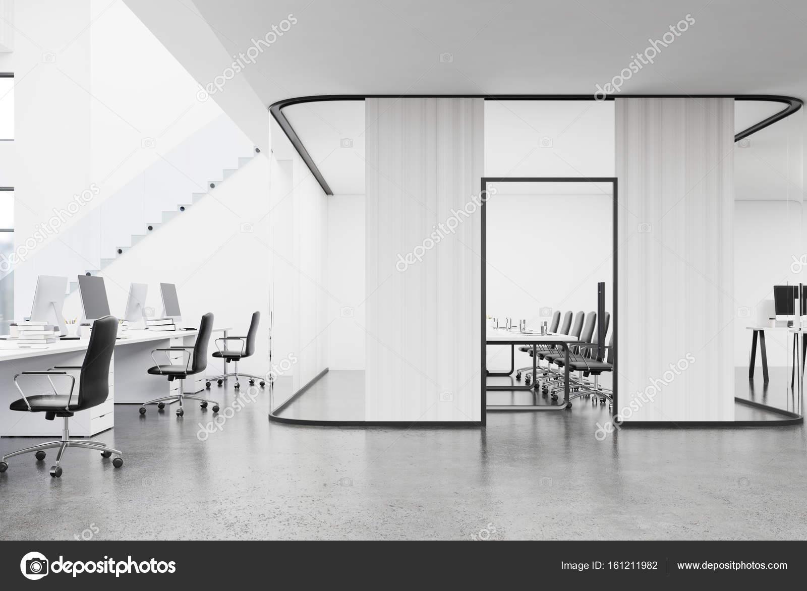 Offenen Raum Büro- und Besprechungsräume — Stockfoto ...