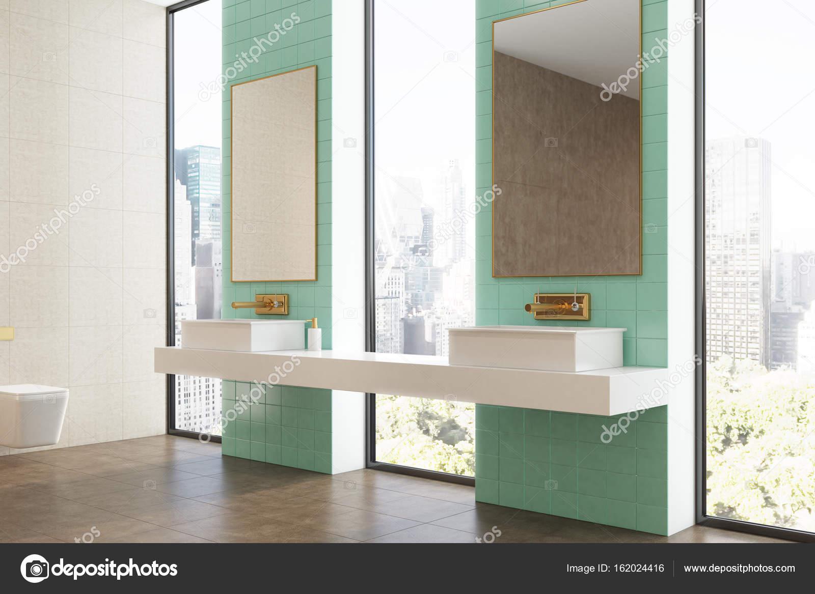 Green bathroom, double sink, side — Stock Photo © denisismagilov ...