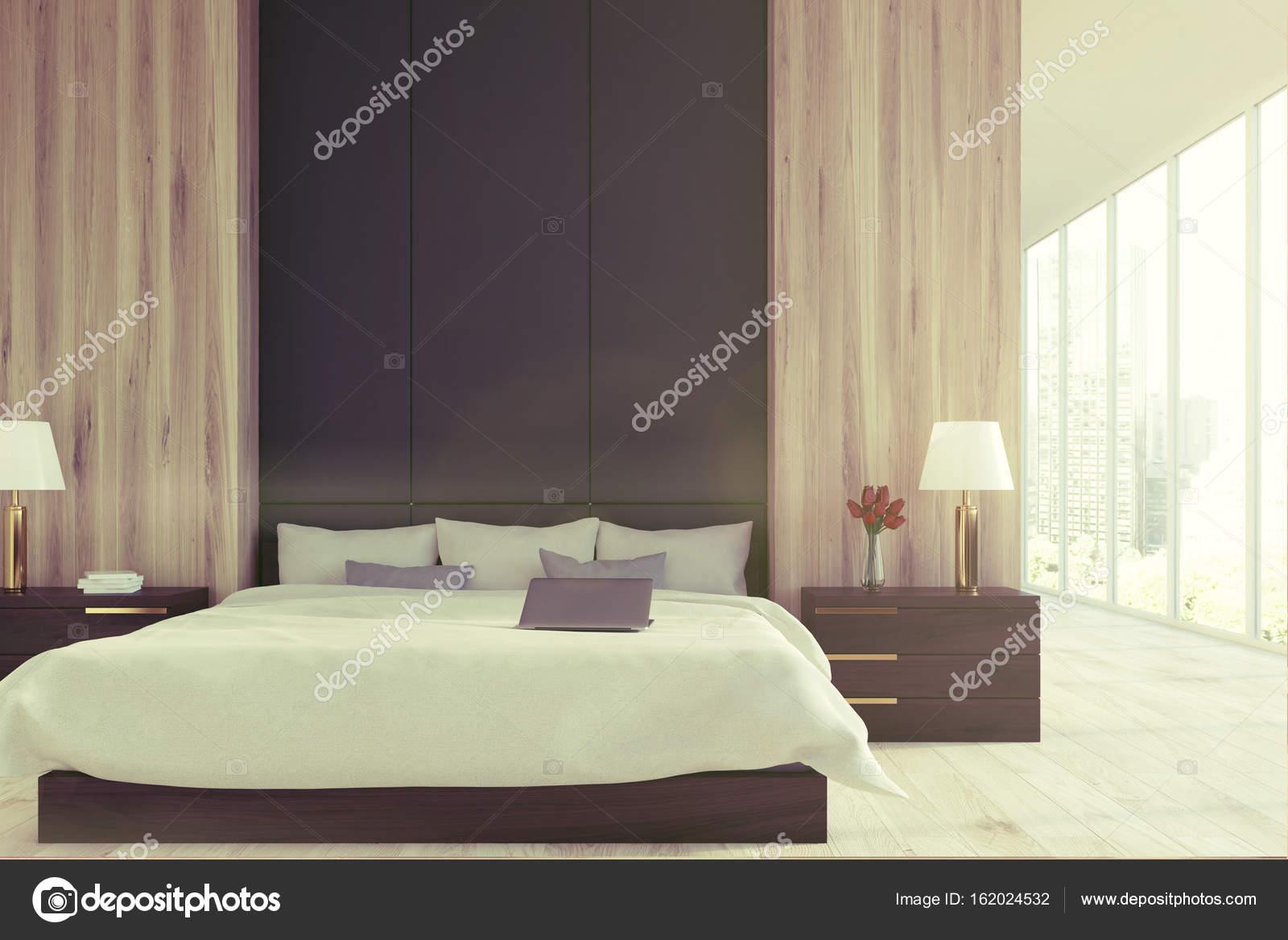 Chambre à coucher en bois et noir, panoramique tonifié ...