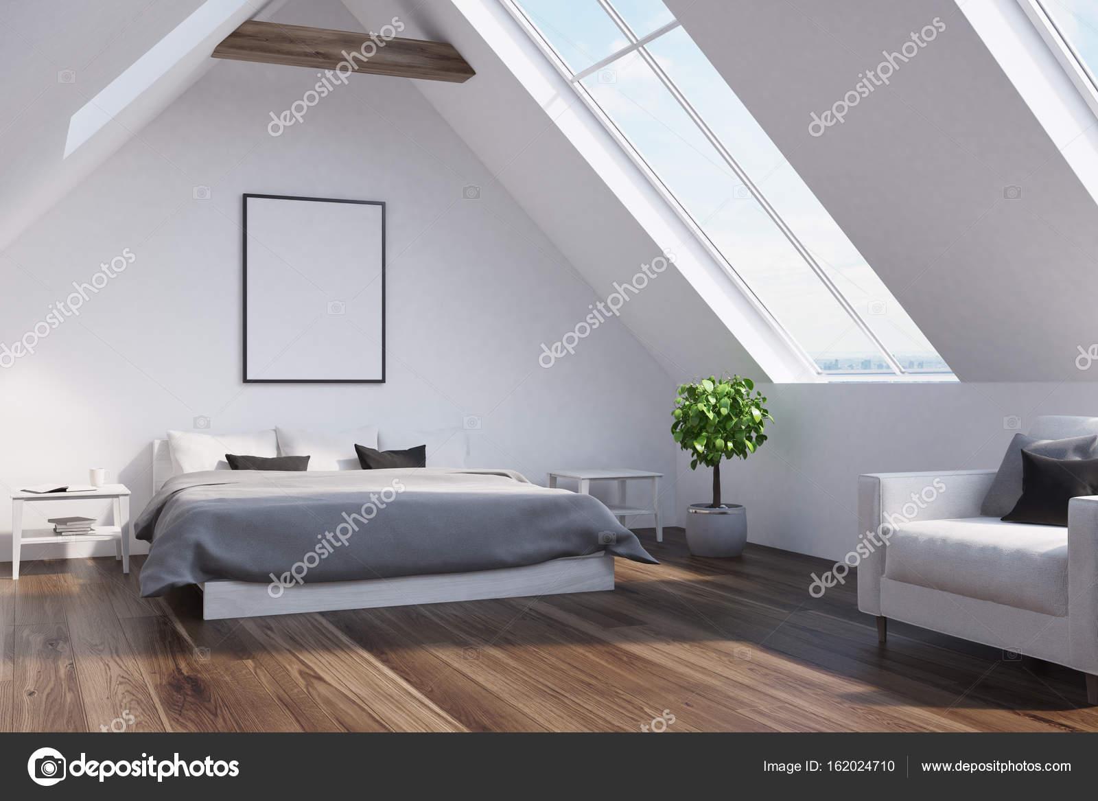 Dachgeschoss Schlafzimmer mit grauen Bett, Plakat, Seite — Stockfoto ...
