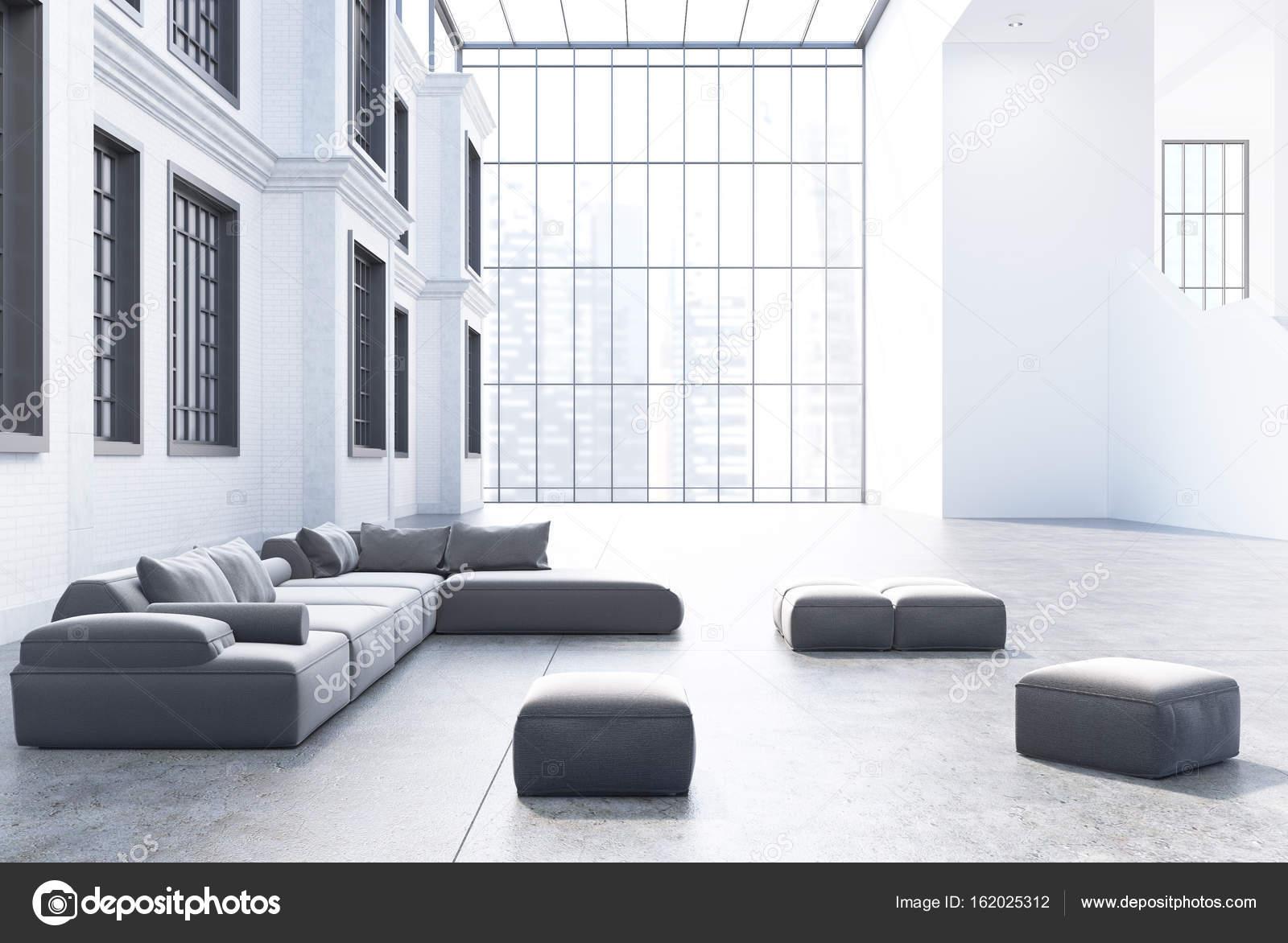 Graue Sofas in einem Büro Wartebereich — Stockfoto © denisismagilov ...
