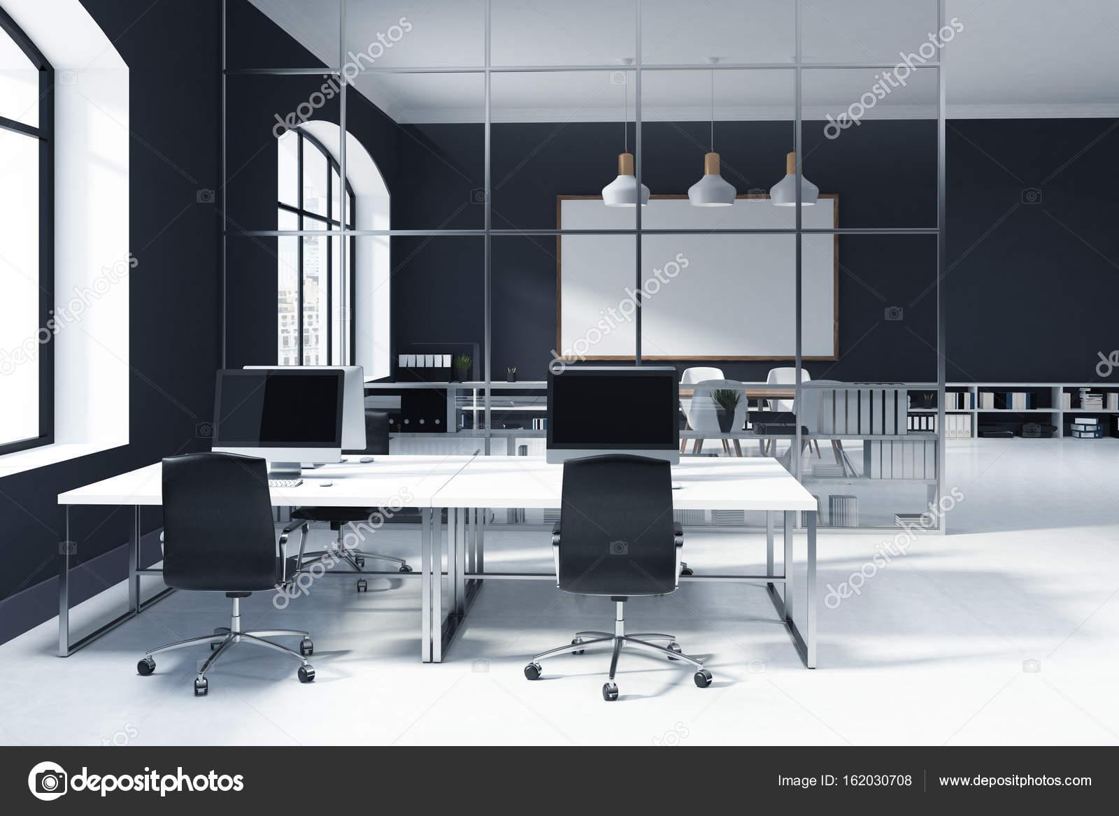 Intérieur de bureau ouvert mur noir u photographie denisismagilov